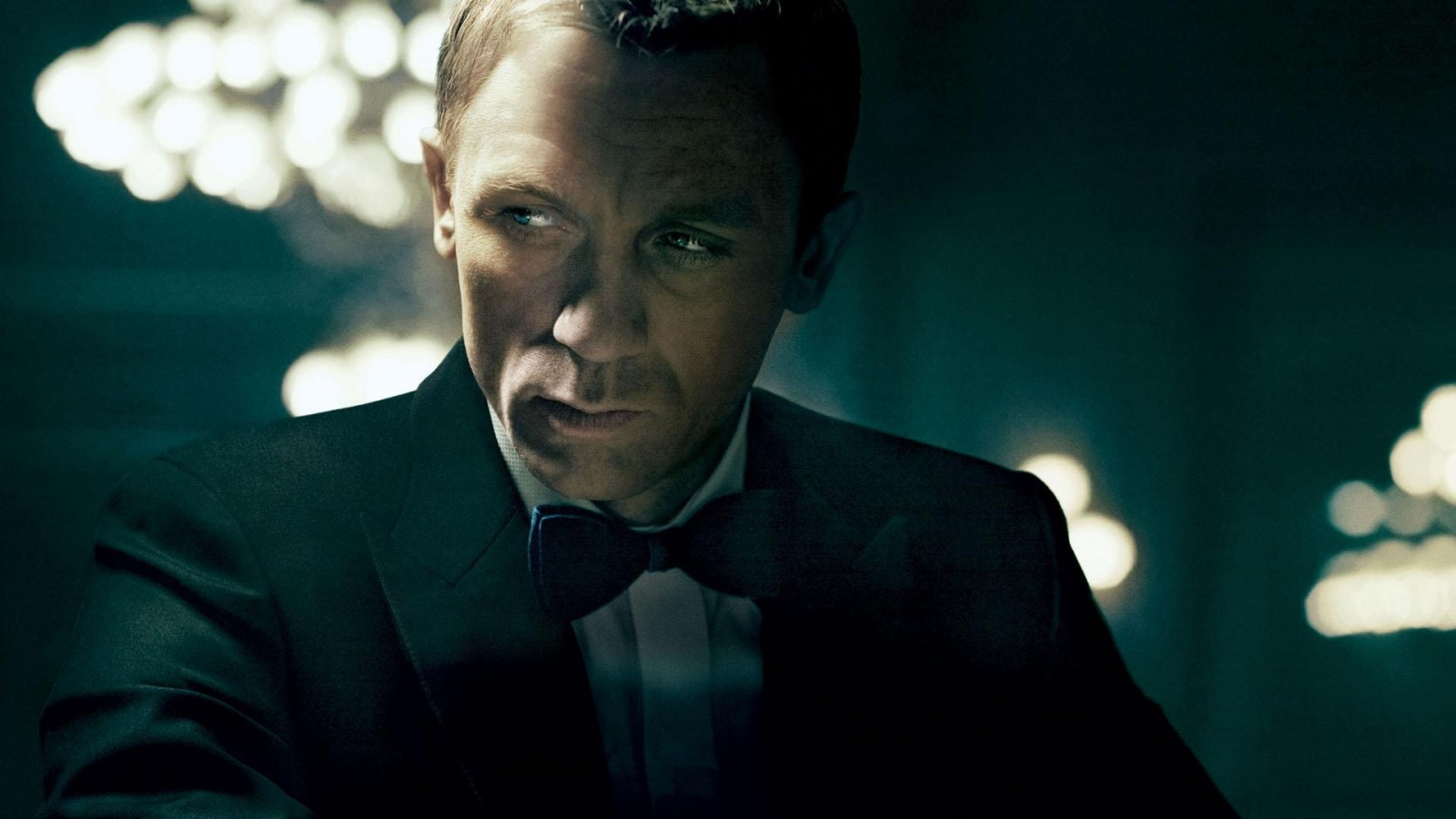 movies_James_Bond_Casino_Royale_Daniel_Craig-230090 (1).jpg