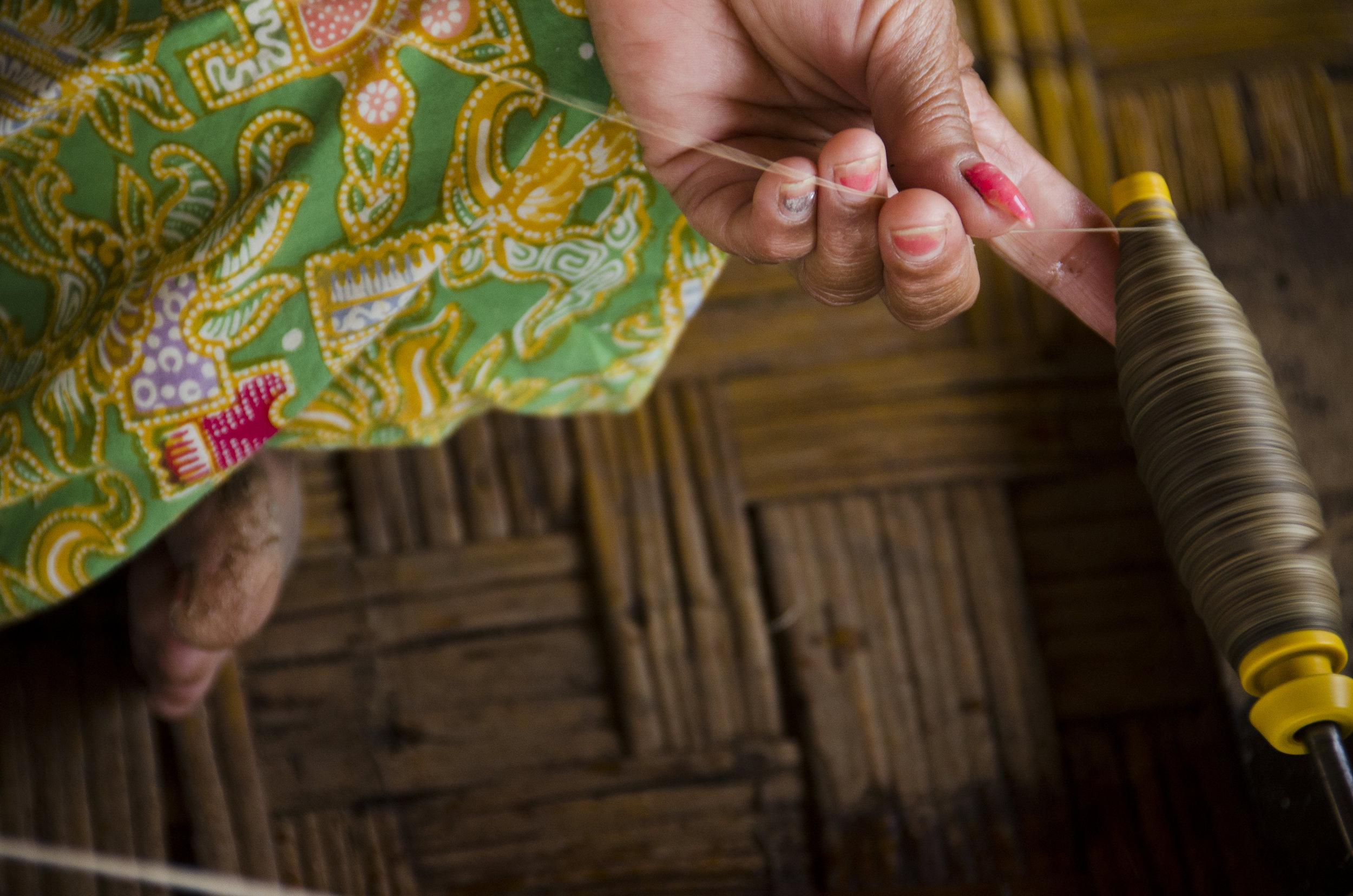 MyanmarThreadWeave.jpg
