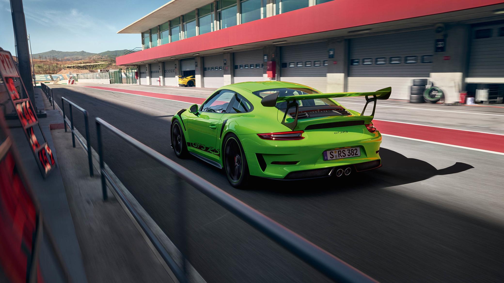 2017_Porsche_AndreasHempel6.png