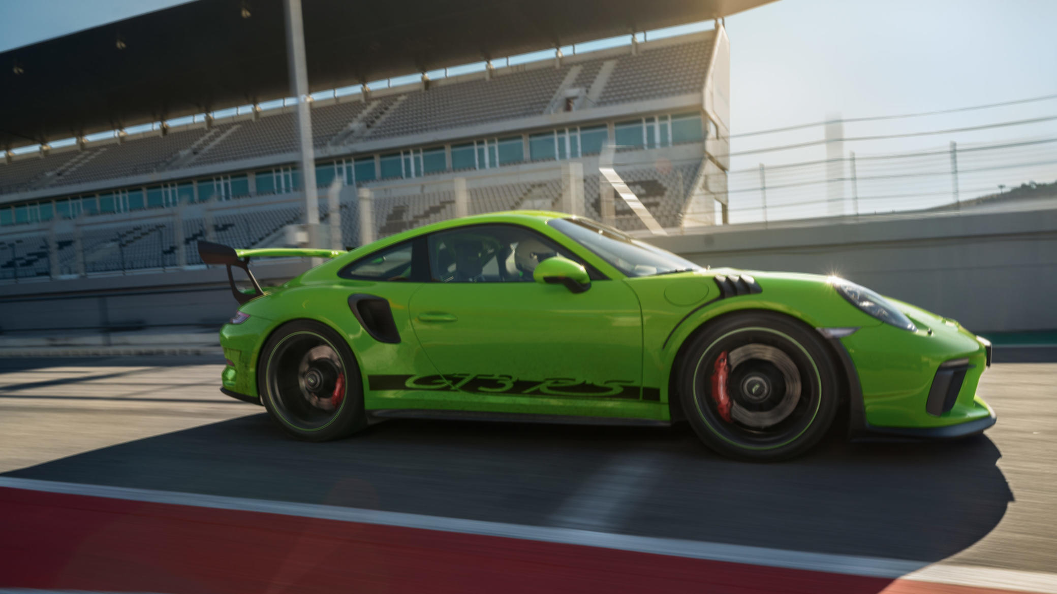 2017_Porsche_AndreasHempel8.png