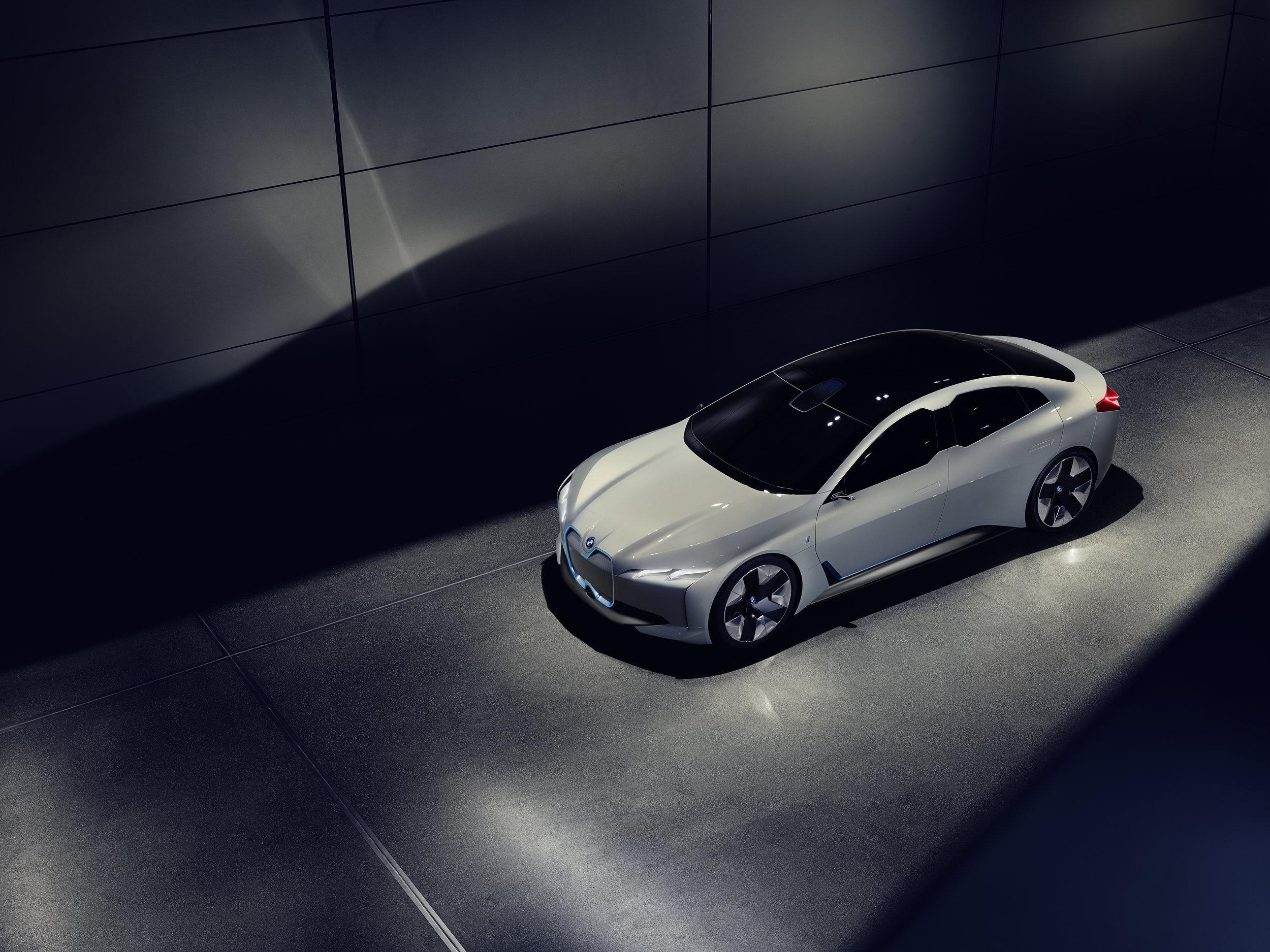 BMW_i_Vision_Dynamics_Real_V2_004.jpg