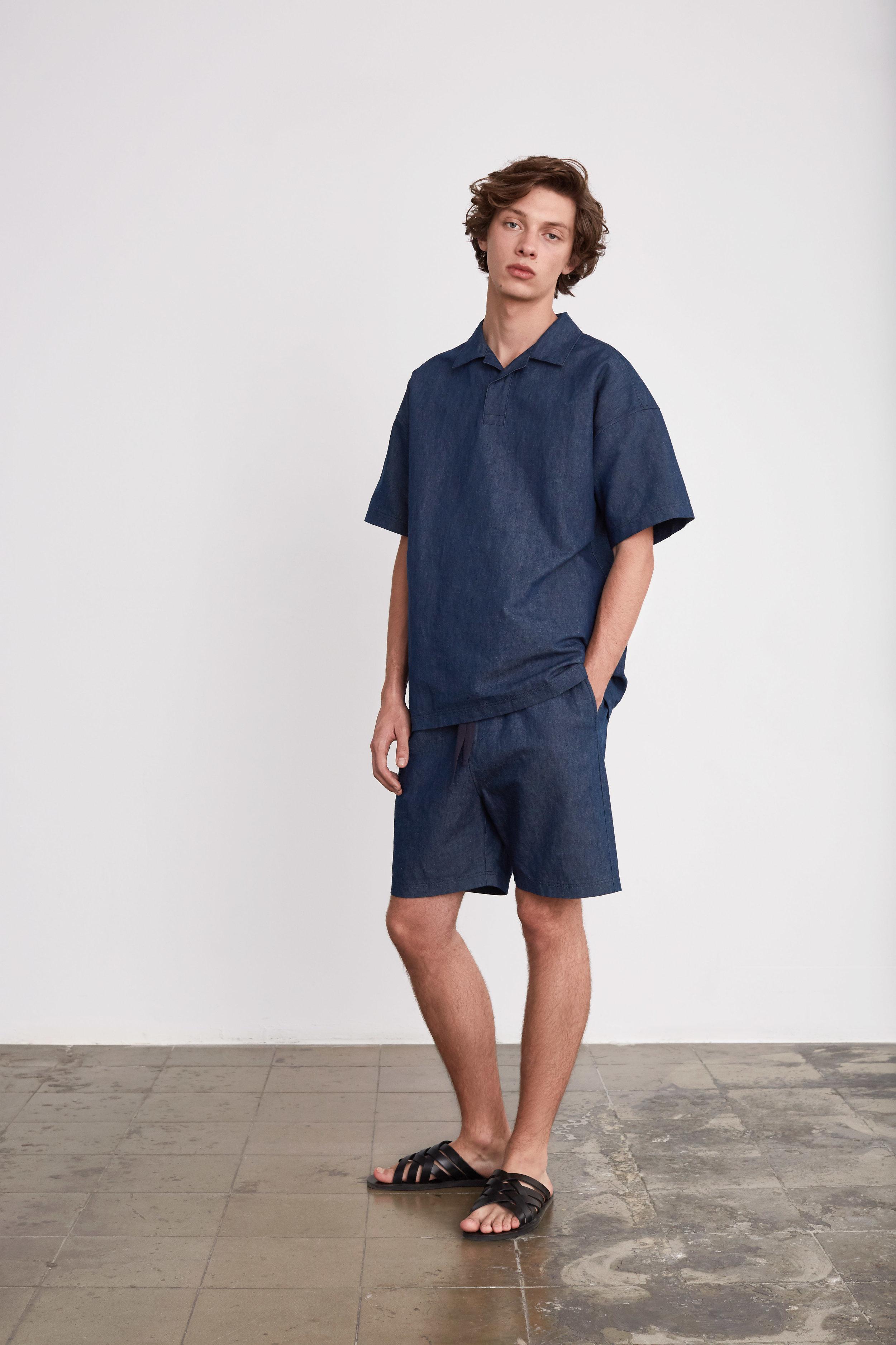 <b>2</b><br>Frank Denim Top<br>Abel Denim Shorts