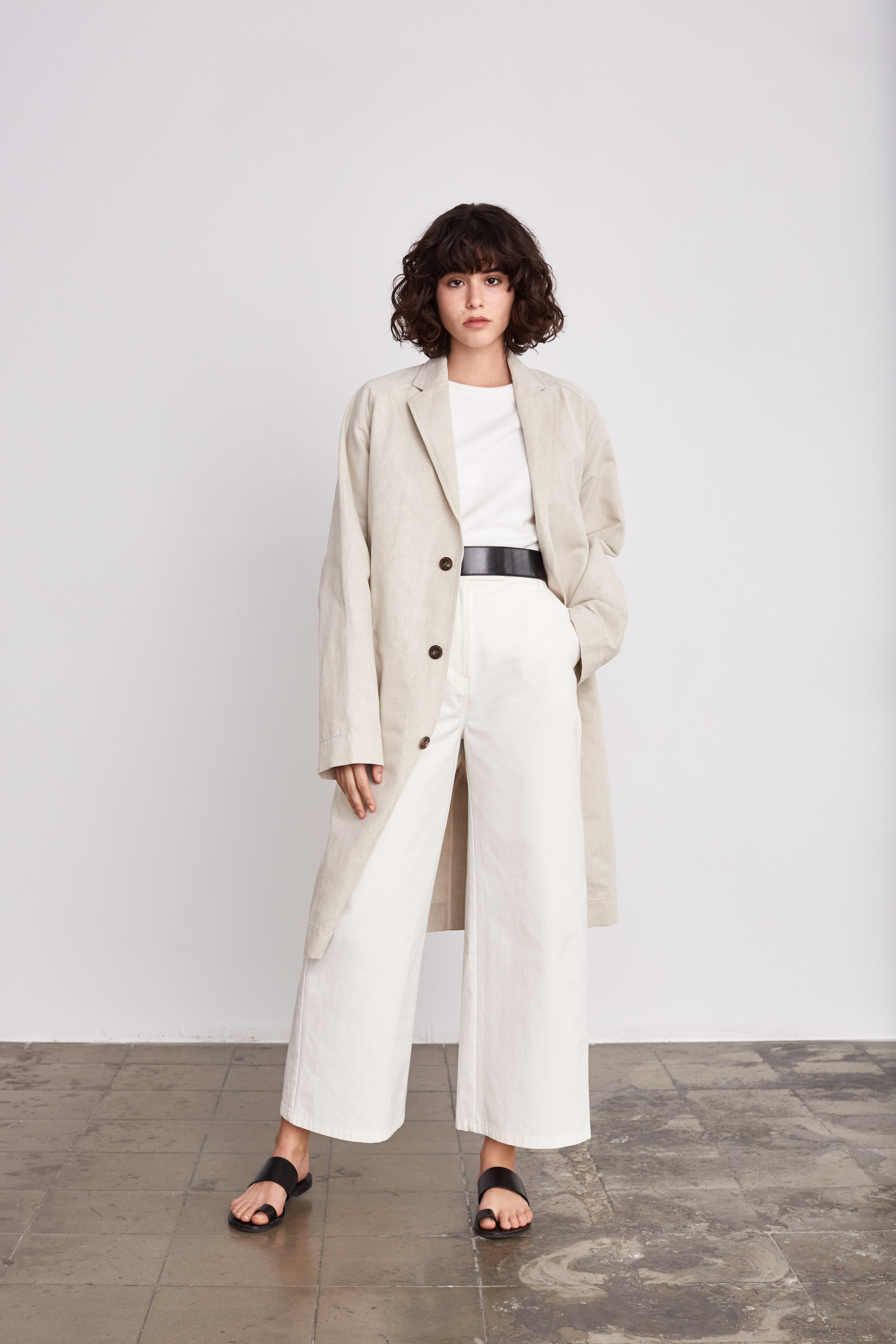 <b>11</b><br>Jana Pique Vest<br>Felisa Cotton Pants<br>Donald Denim Coat