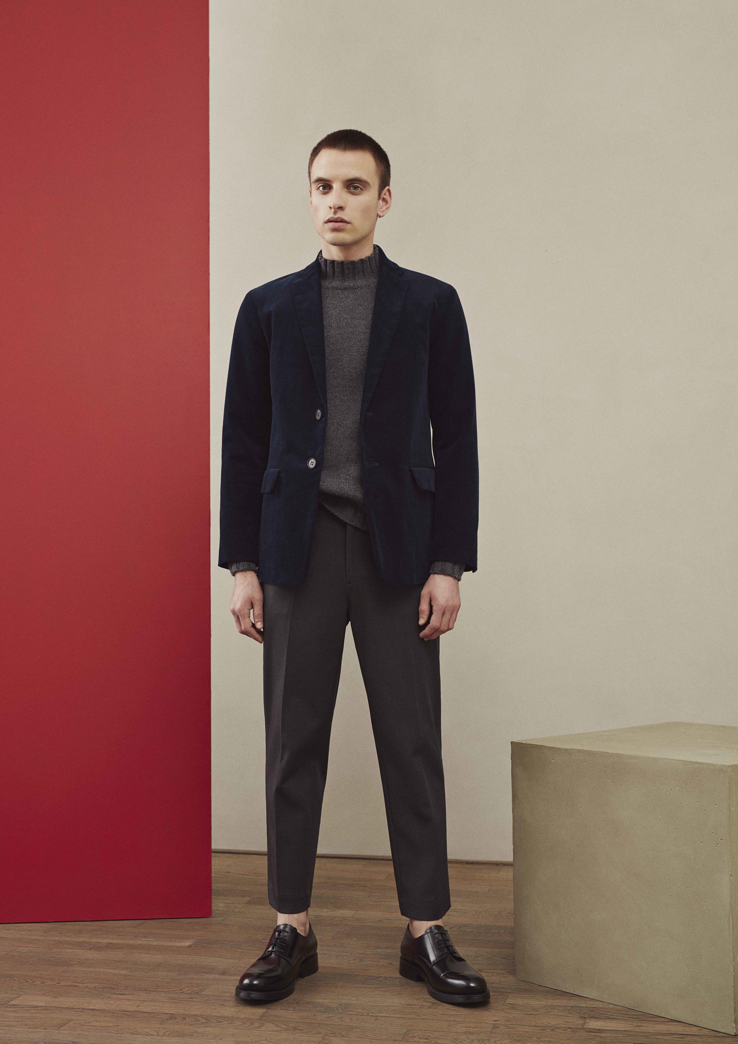 <b>5</b><br>Frederic Corduroy Blazer<br>Norman Wool Sweater<br>Albert Cotton Pants