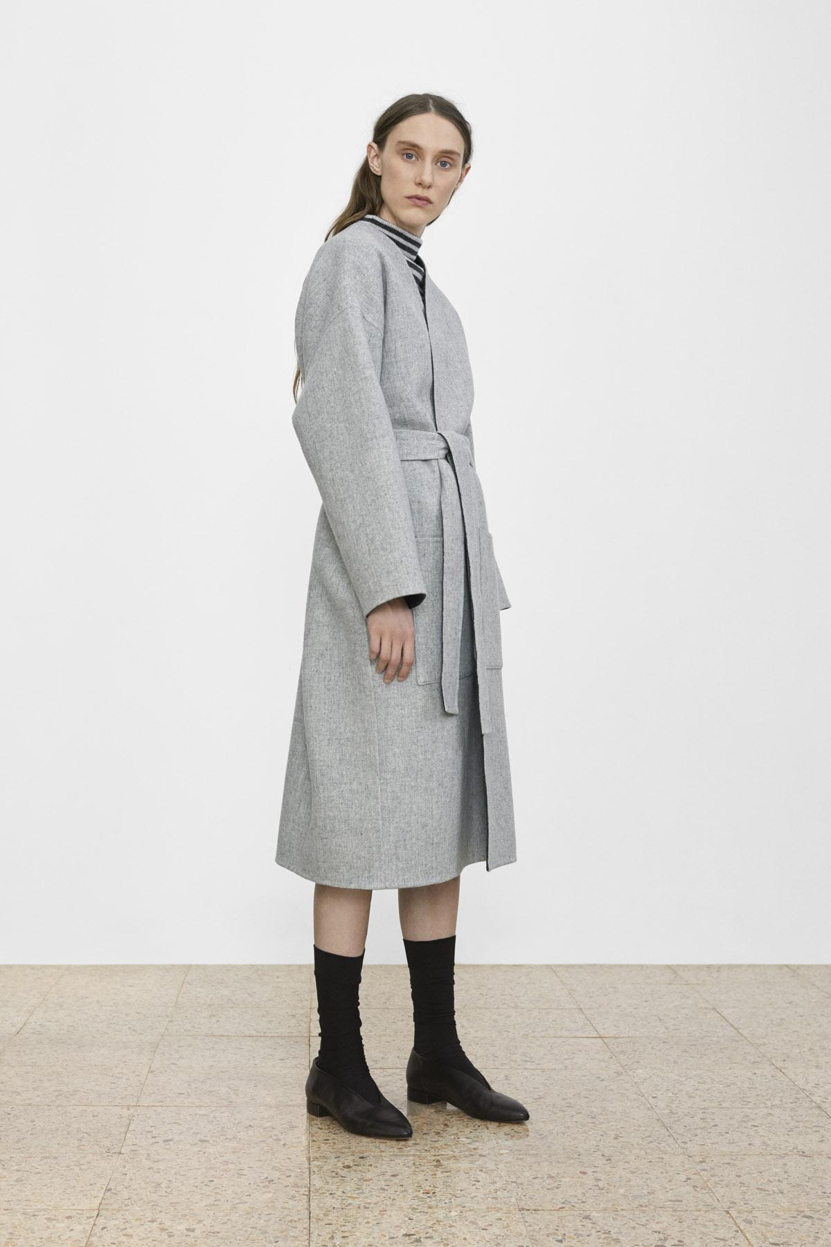 <b>12</b><br>Kira Striped Wool Top<br>Amara Reversible Coat