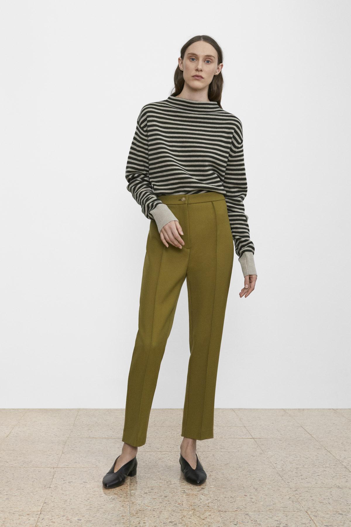 <b>4</b><br>Kira Striped Wool Top<br>Ann-Sofie Wool Pants