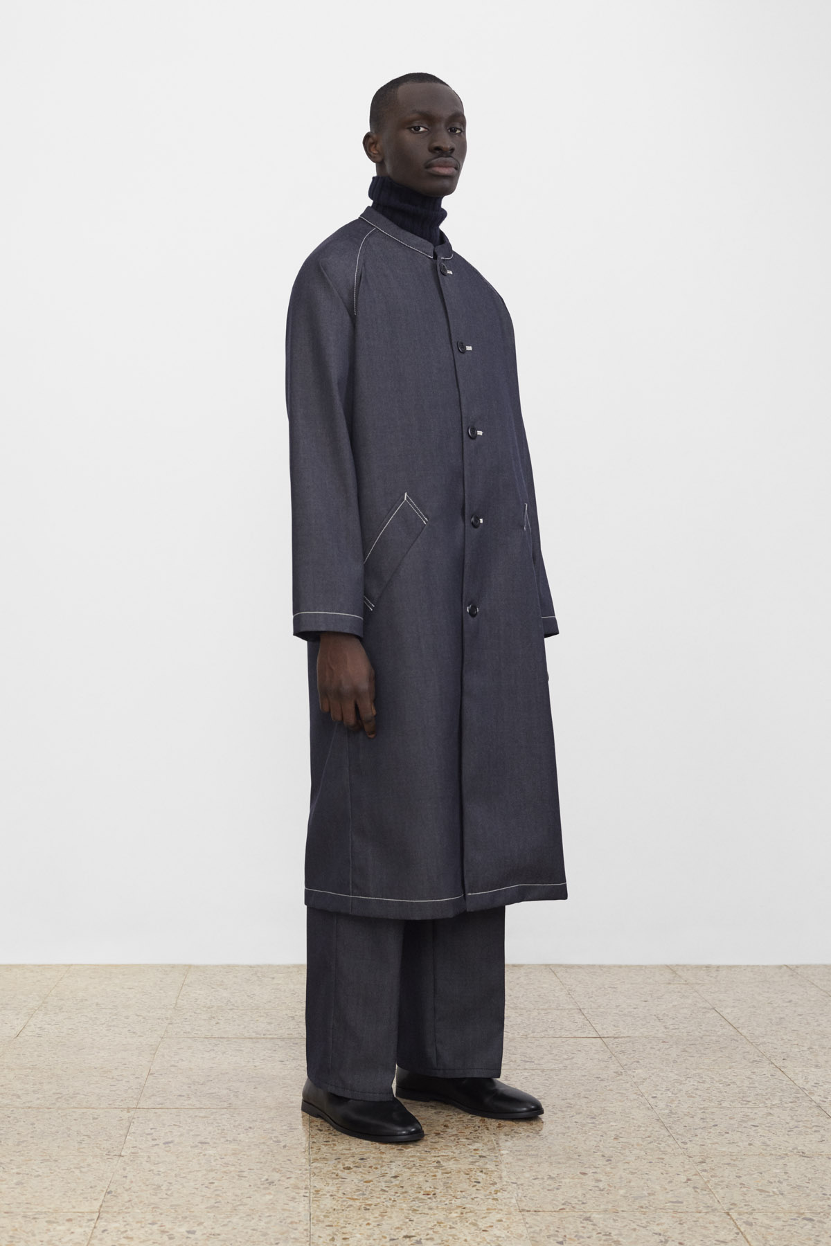 <b>1</b><br>Ellis Wool Denim Coat<br>Amber Wool Knit Top<br>Texas Wool Denim Pants