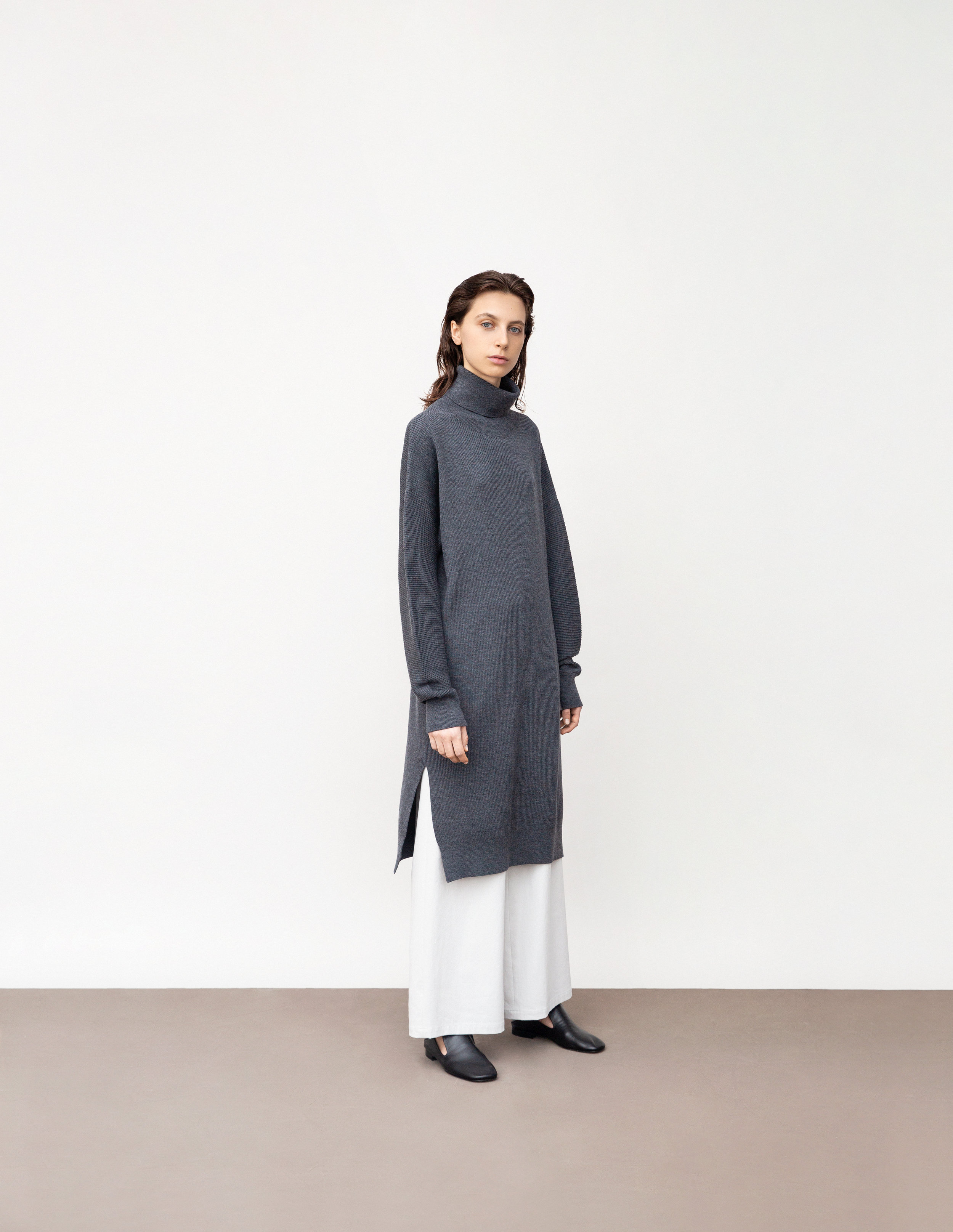 <b>9</b><br>Ella ribbed merino wool dress<br>Hazel wide dry cotton pants