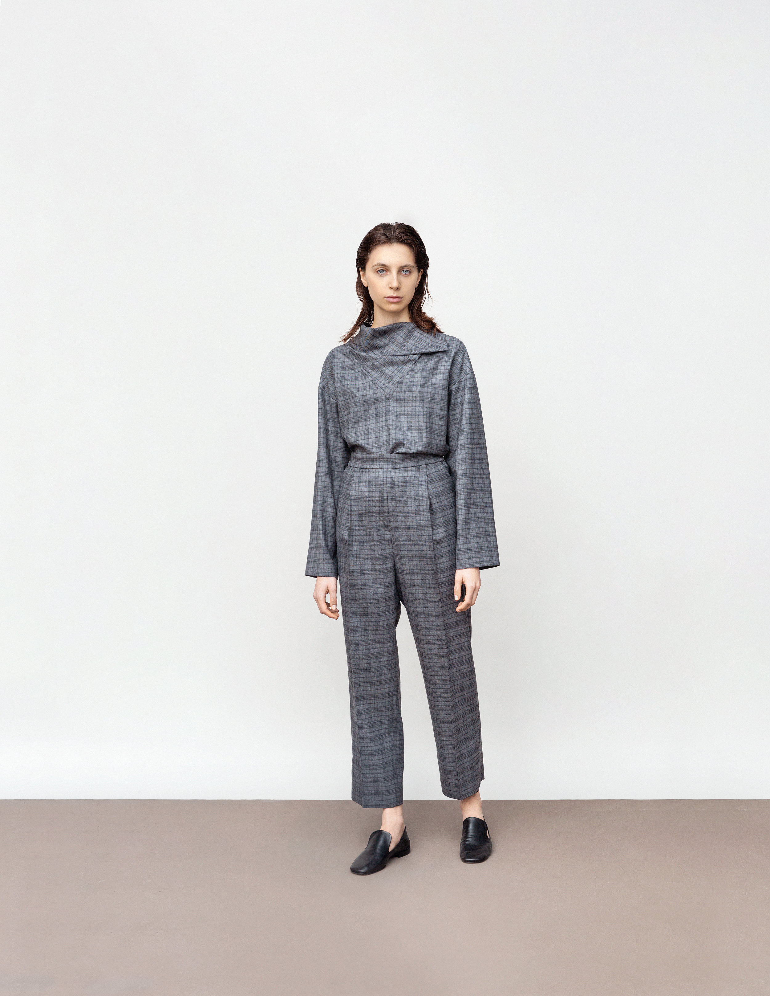 <b>8</b><br>Cornelia wool check blouse<br>Harlow wool check pants