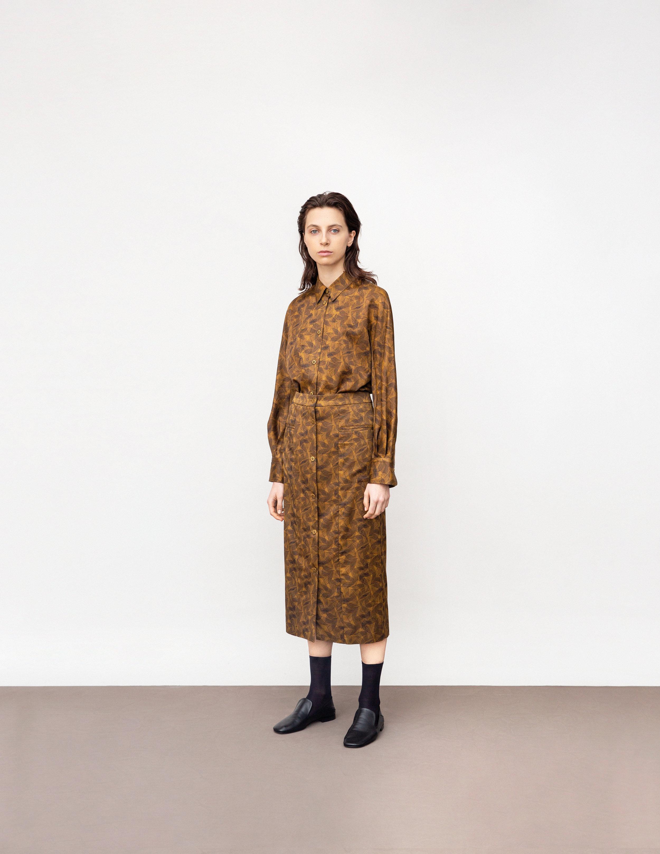 <b>5</b><br>Irina printed shirt<br>Krista printed skirt