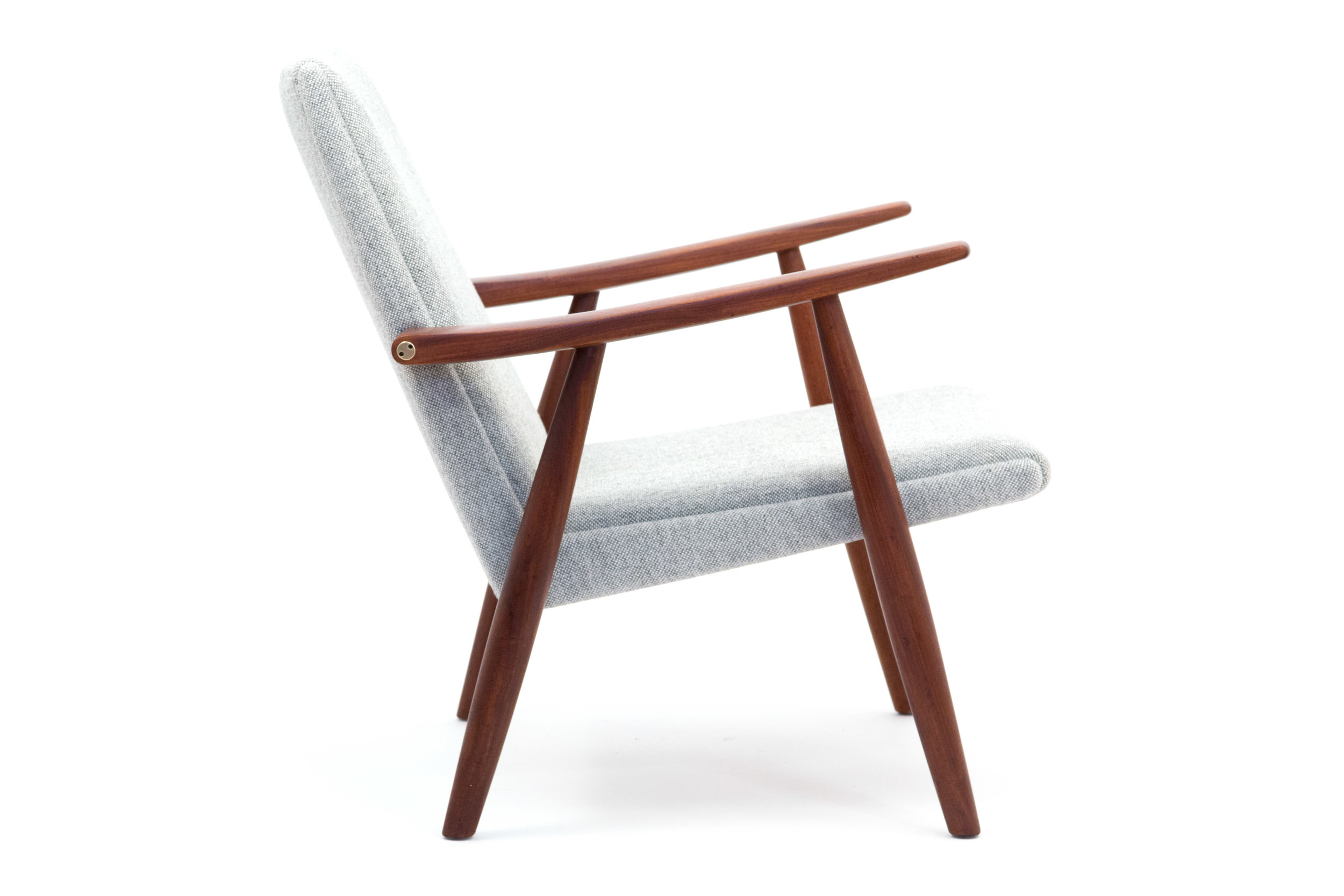 2nd Grey chair copy.jpg