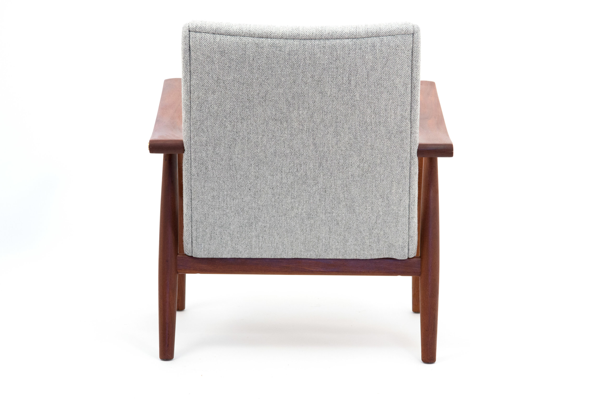 Grey chair 4 copy.jpg