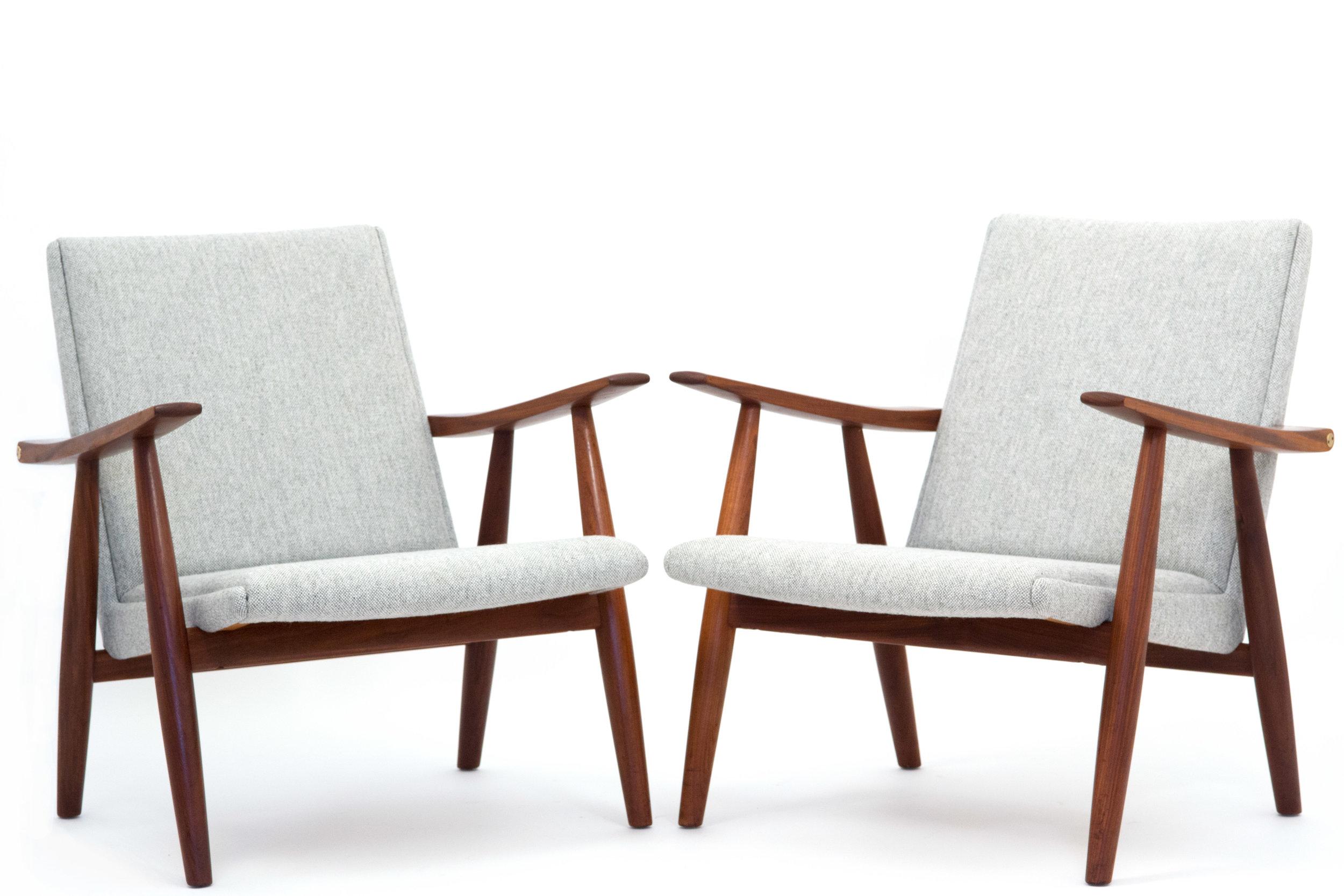 2x Grey chairs copy2.jpg