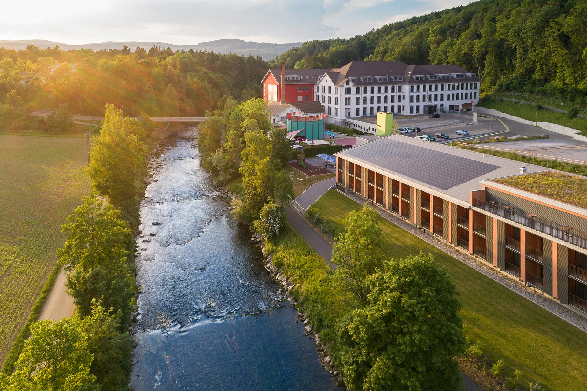 riverside_Seminarhotel-Aussenansicht.jpg