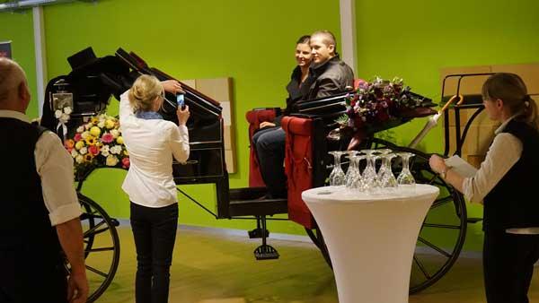 Loveside-Hochzeitsmesse-im-Zürcher-Unterland-Zürich-Schweiz-tolle-Hochzeitsfahrzeuge.jpg