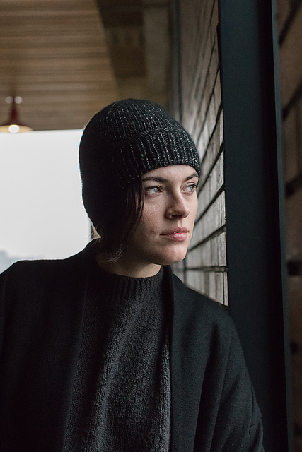 Mitra Hat in Woolfolk Luft
