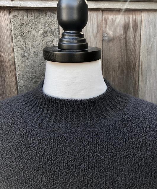 Arca, neck detail