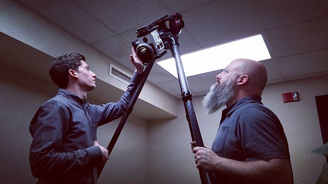 Hanging big lenses on upside-down cameras with @joshdiamond and @johncal90 . . . . #vr #vrdp #360video #virtualreality #ar #augmentedreality #helium #8k  #red #entaniya #entapano #250 #fisheye #nodal #film #filmmaking #pov #theupsidedown