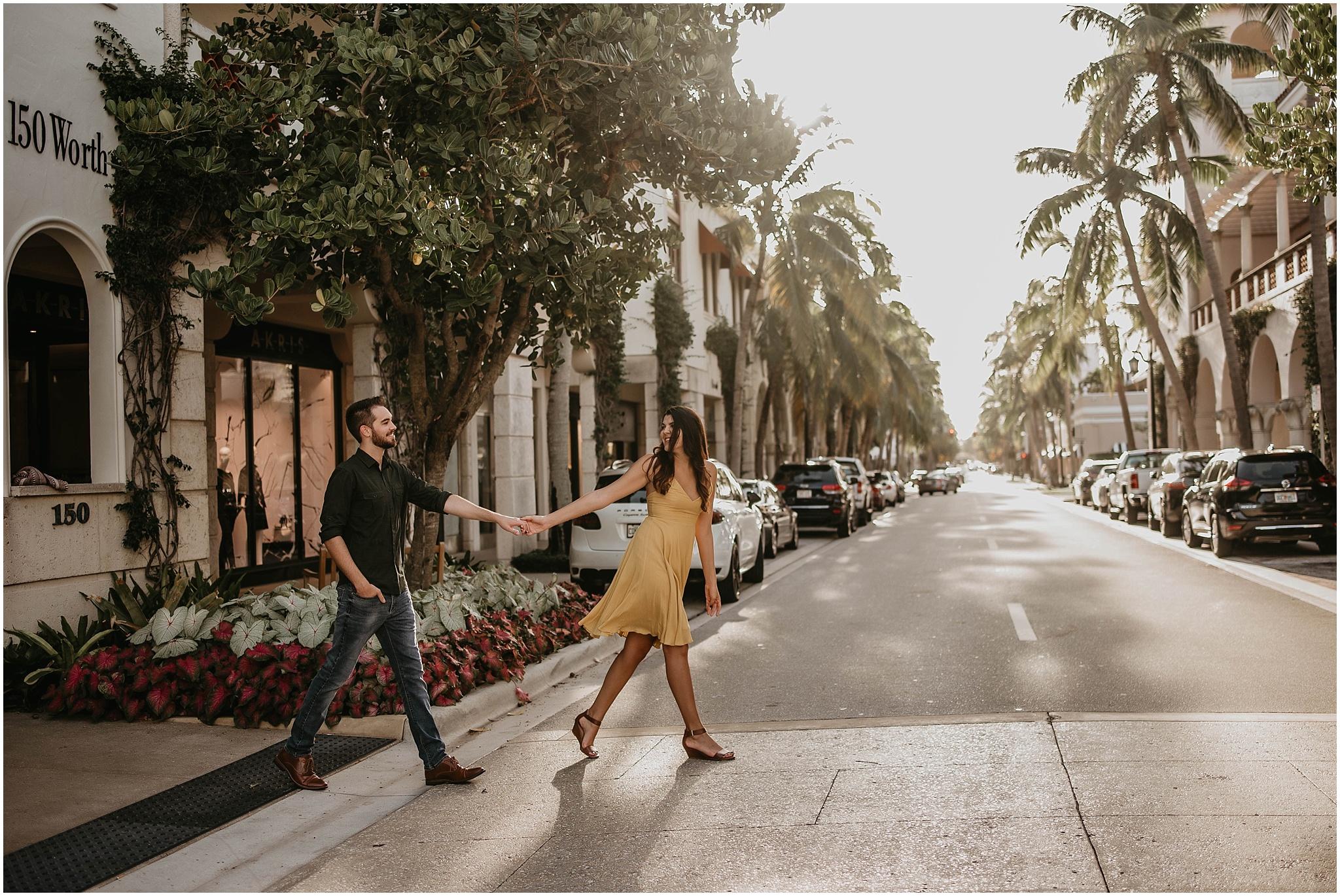 Worth-Avenue-Palm-Beach-engagement-photographer_0003.jpg