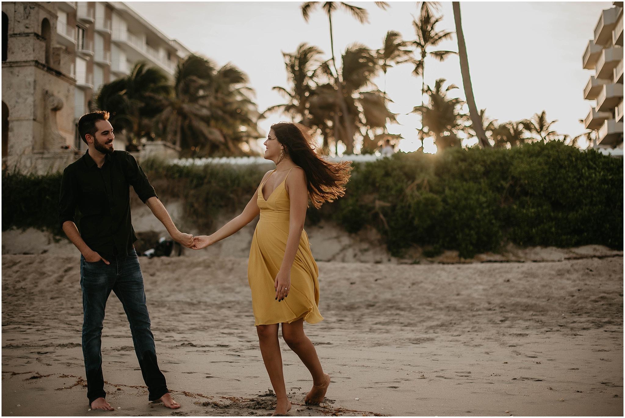 Worth-Avenue-Palm-Beach-engagement-photographer_0015.jpg