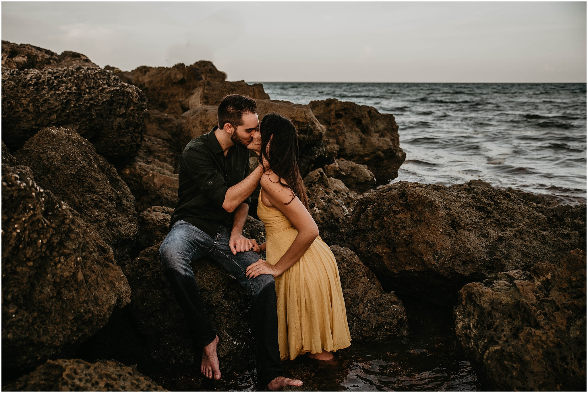 Worth-Avenue-Palm-Beach-engagement-photographer_0017.jpg