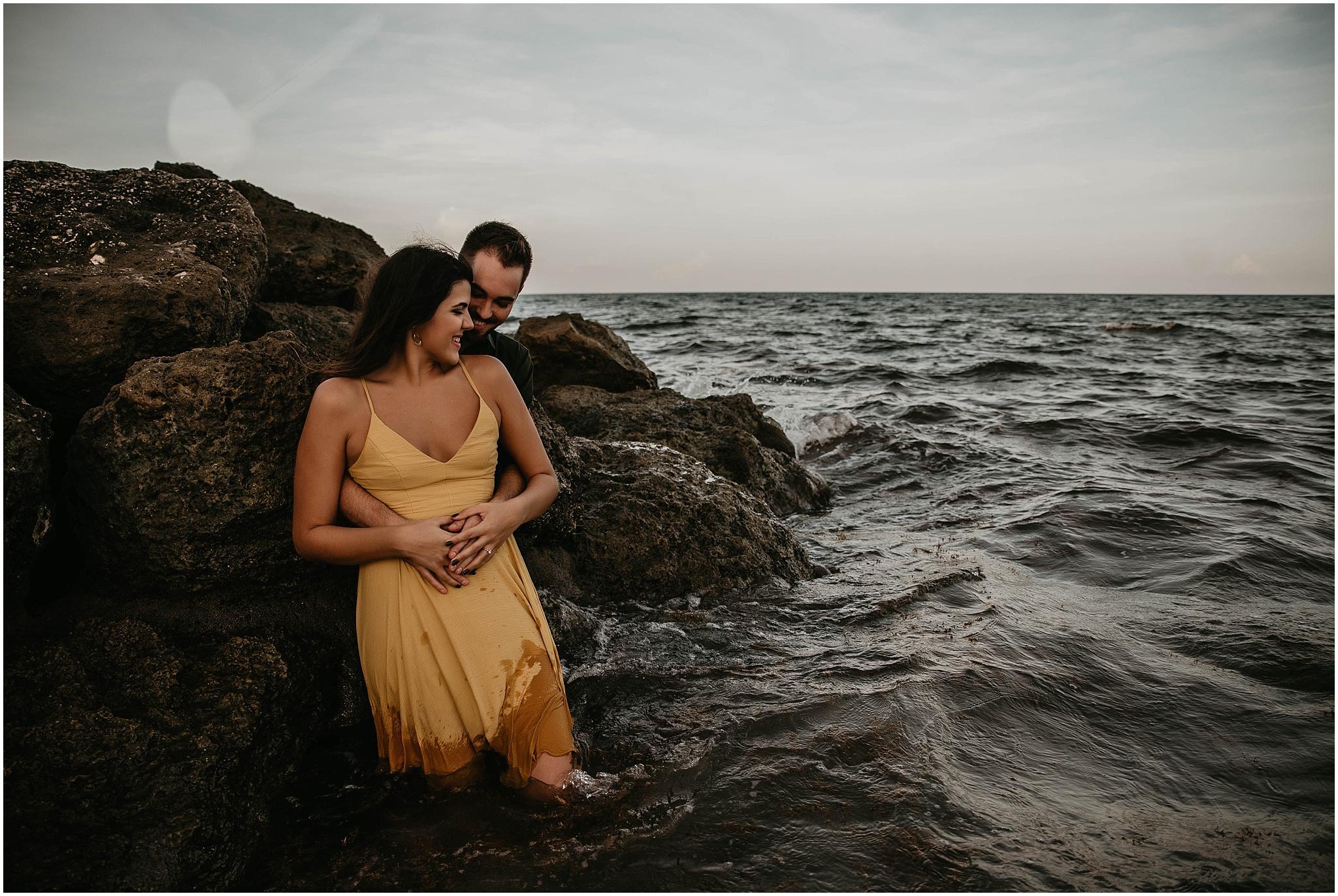 Worth-Avenue-Palm-Beach-engagement-photographer_0019.jpg