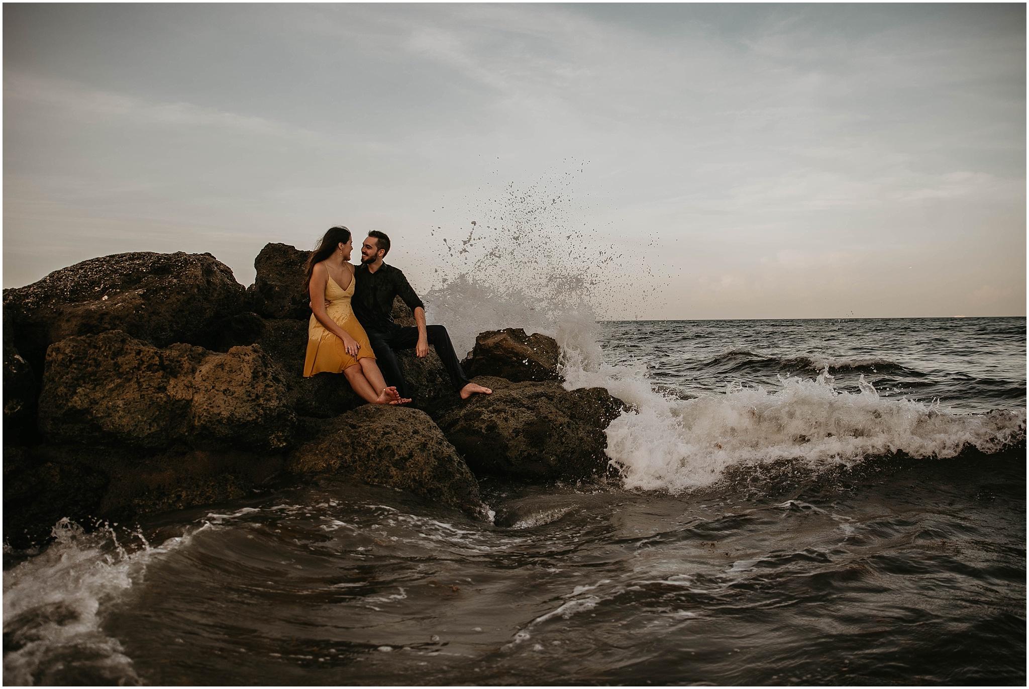 Worth-Avenue-Palm-Beach-engagement-photographer_0022.jpg