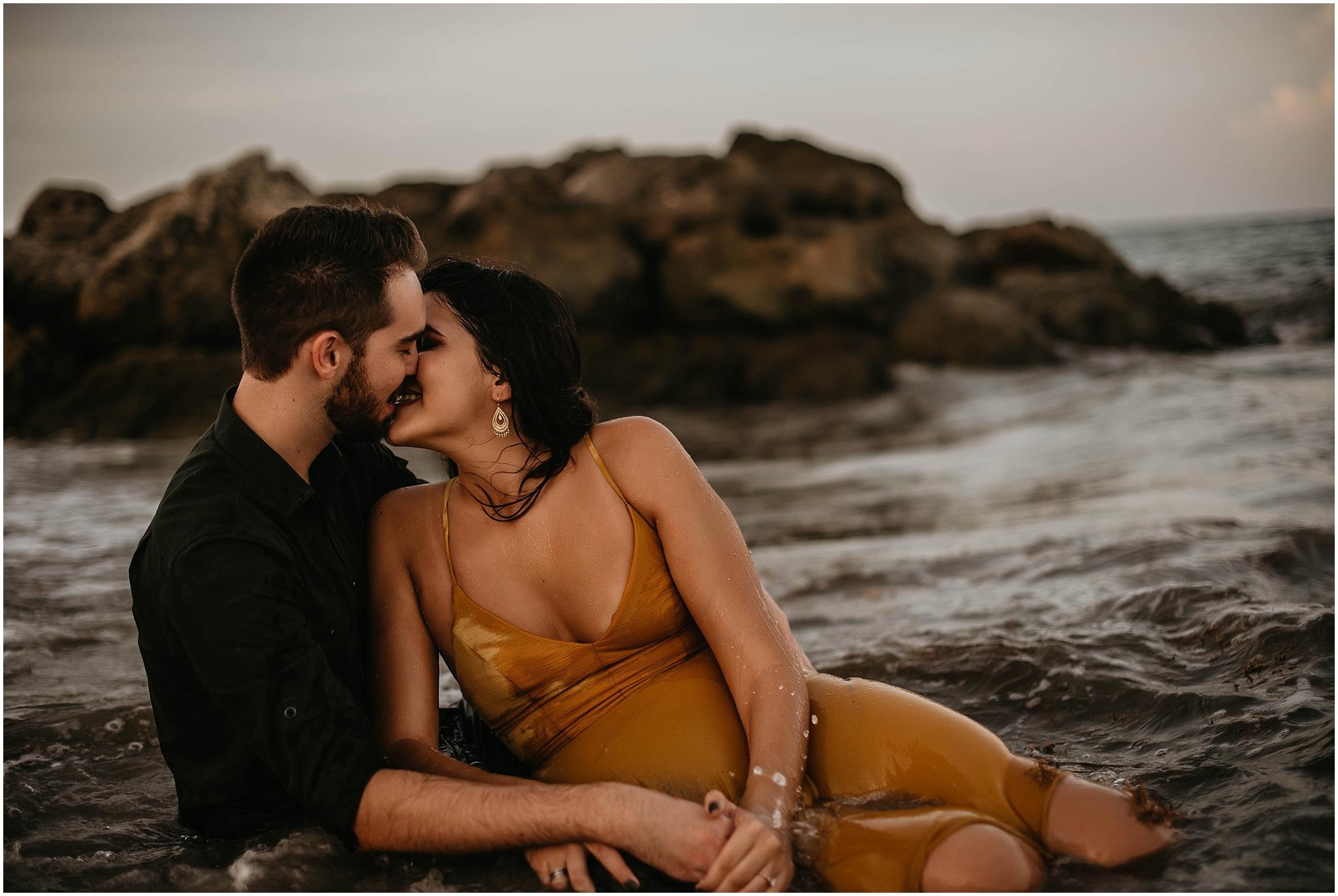 Worth-Avenue-Palm-Beach-engagement-photographer_0036.jpg