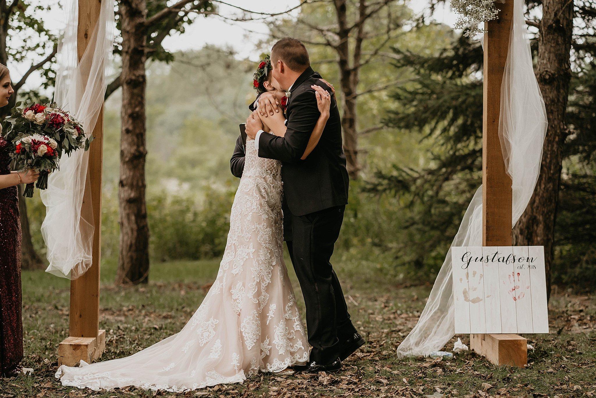 DesMoines-Iowa-Wedding-Photography-Destination-Photographer_0129.jpg