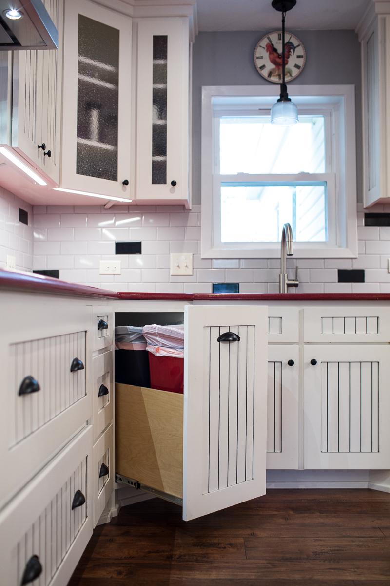 Red Kitchen-20.jpg