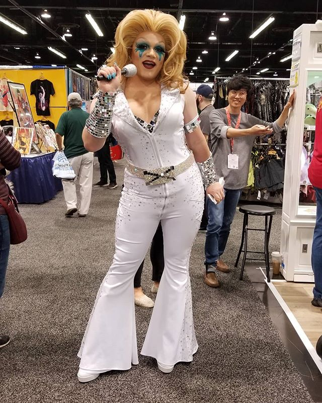 By far my favorite cosplay from #Wondercon was this #Dazzler. She was like 8 feet tall and her bra was made of disco balls! There was nothing more fabulous on that floor.