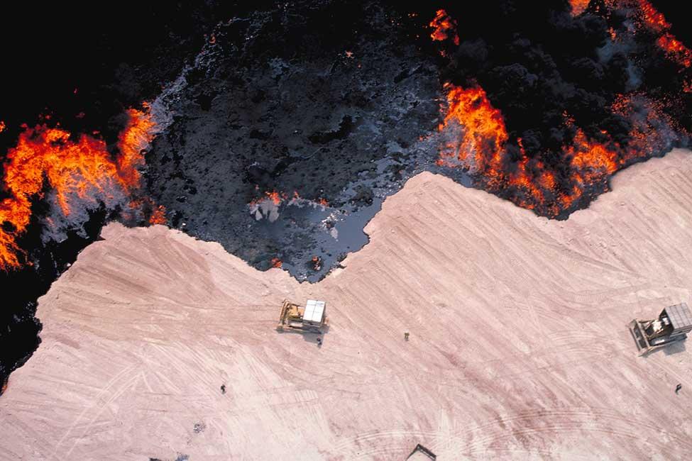 1157-kuwait-petroleum-oil-field-final.jpg