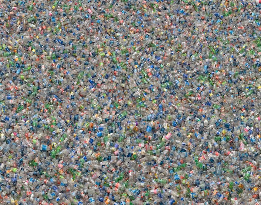plasticbottlespartzoom.jpg