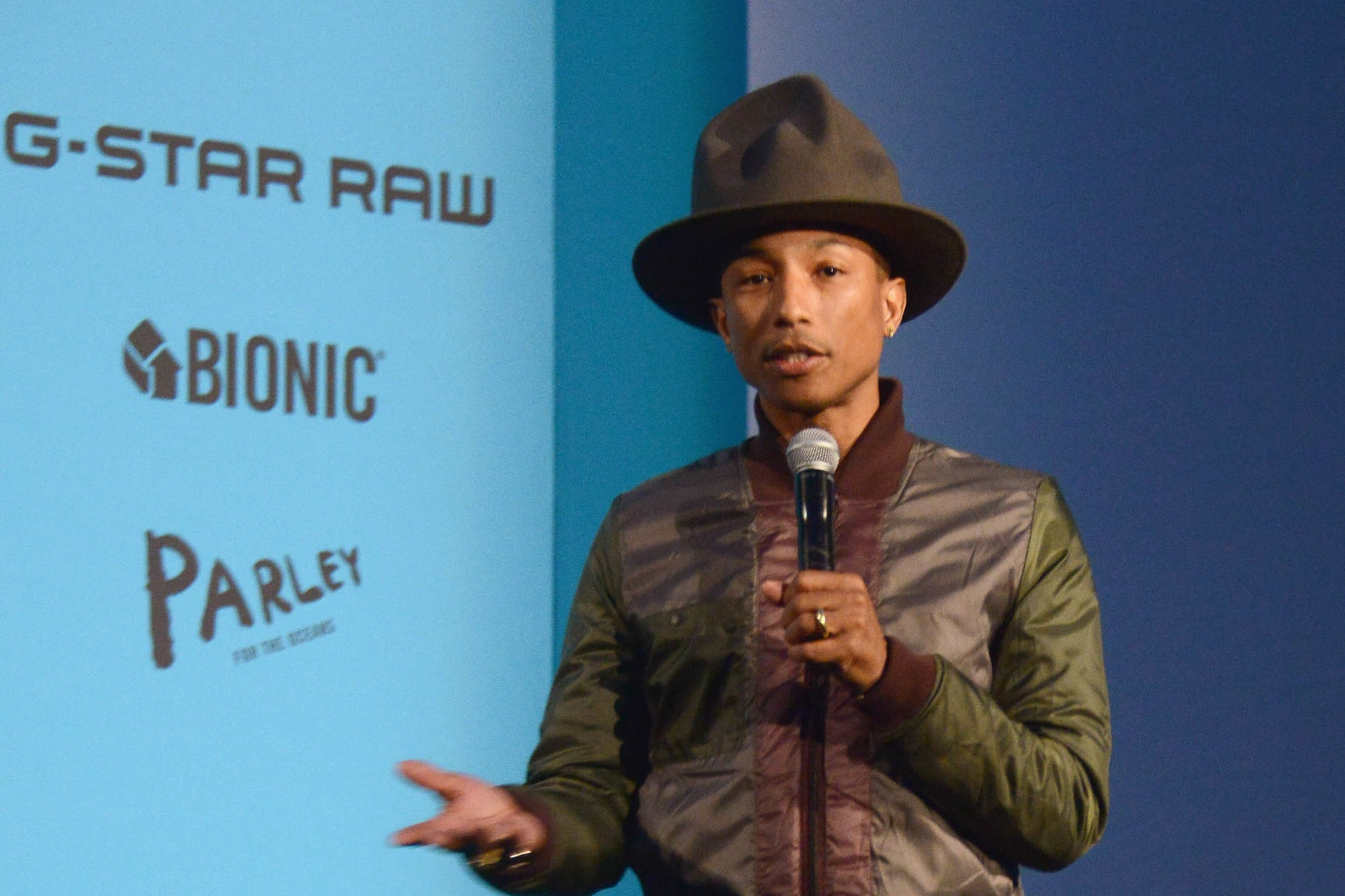 """BIONIC YARN - https://www.bionicyarn.com/Tyson Toussant – the co-founder of BIONIC, making fashion sustainable with textiles and polymers created entirely from reclaimed plastic –In 2007, Pharrell Williams was performing at the Live Earth concert when he learned about Bionic®. """"It blew my mind,"""" he says. """"The average person could be wearing something containing sustainable fabric without ever feeling the difference or looking like it's different. I didn't look back from there."""" Williams was so impressed, he became the company's creative director three years later. """"They live it every day,"""" Williams adds, his voice rising with excitement. """"This is what they wake up in the morning thinking about."""""""