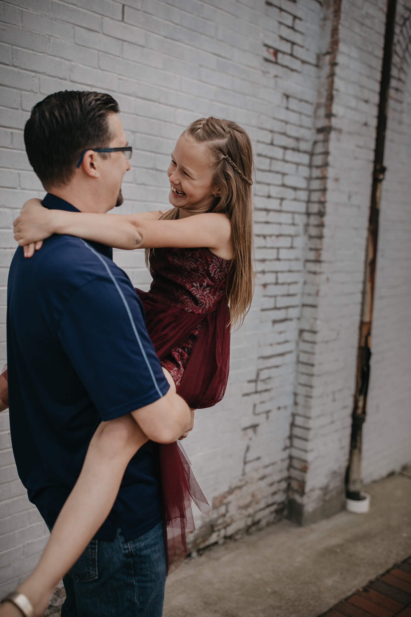 dad dancing with daughter