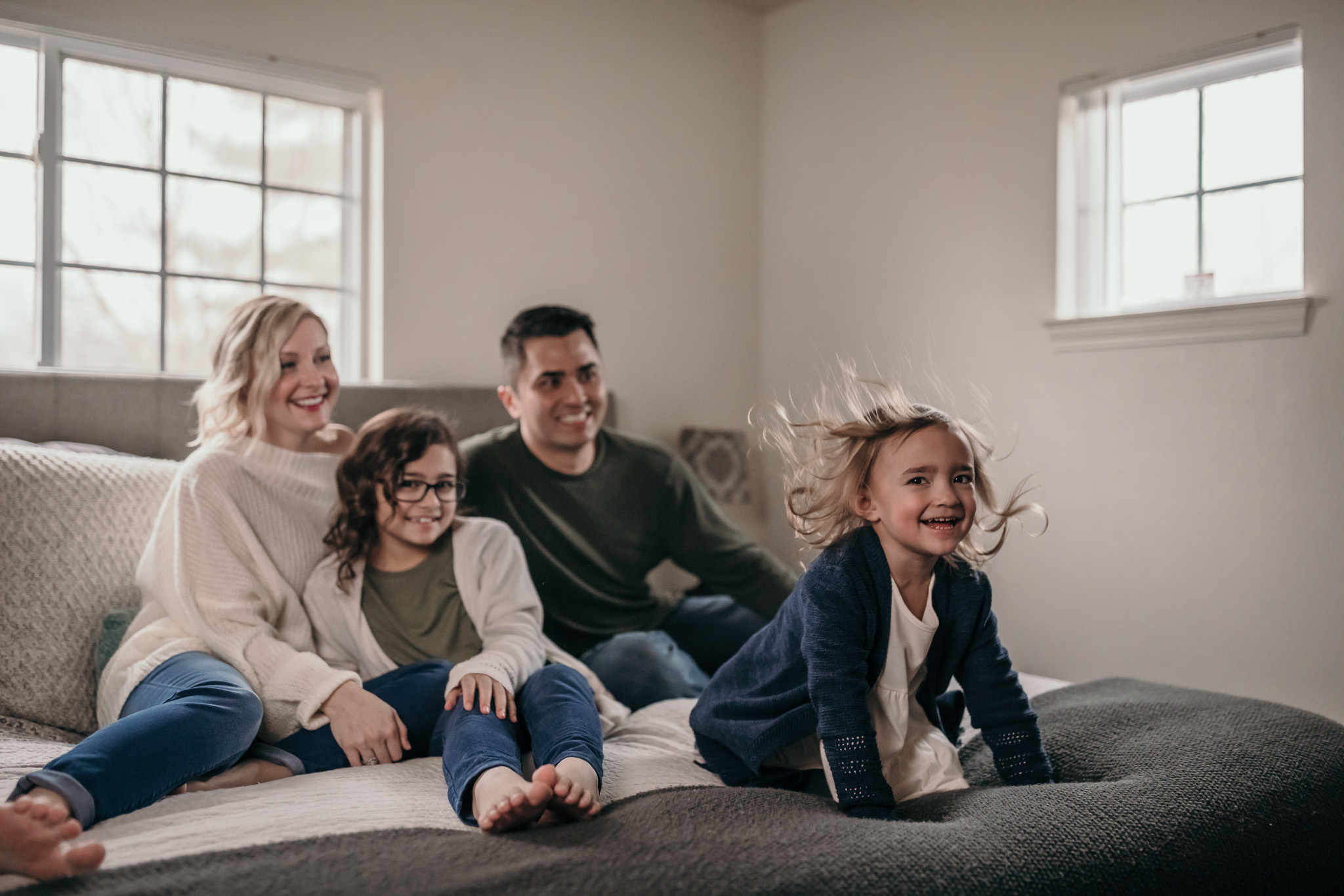 silly family indoor poses