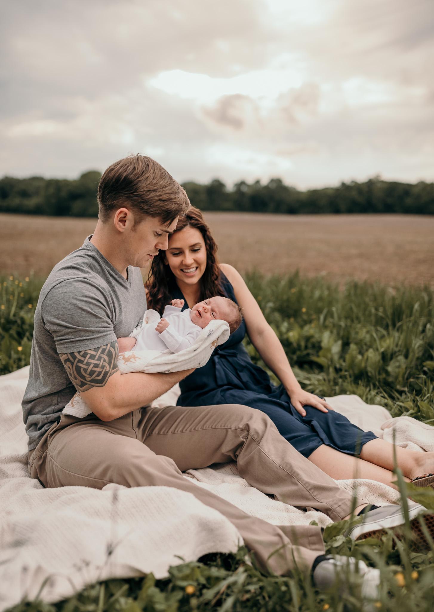 newborn photos outside