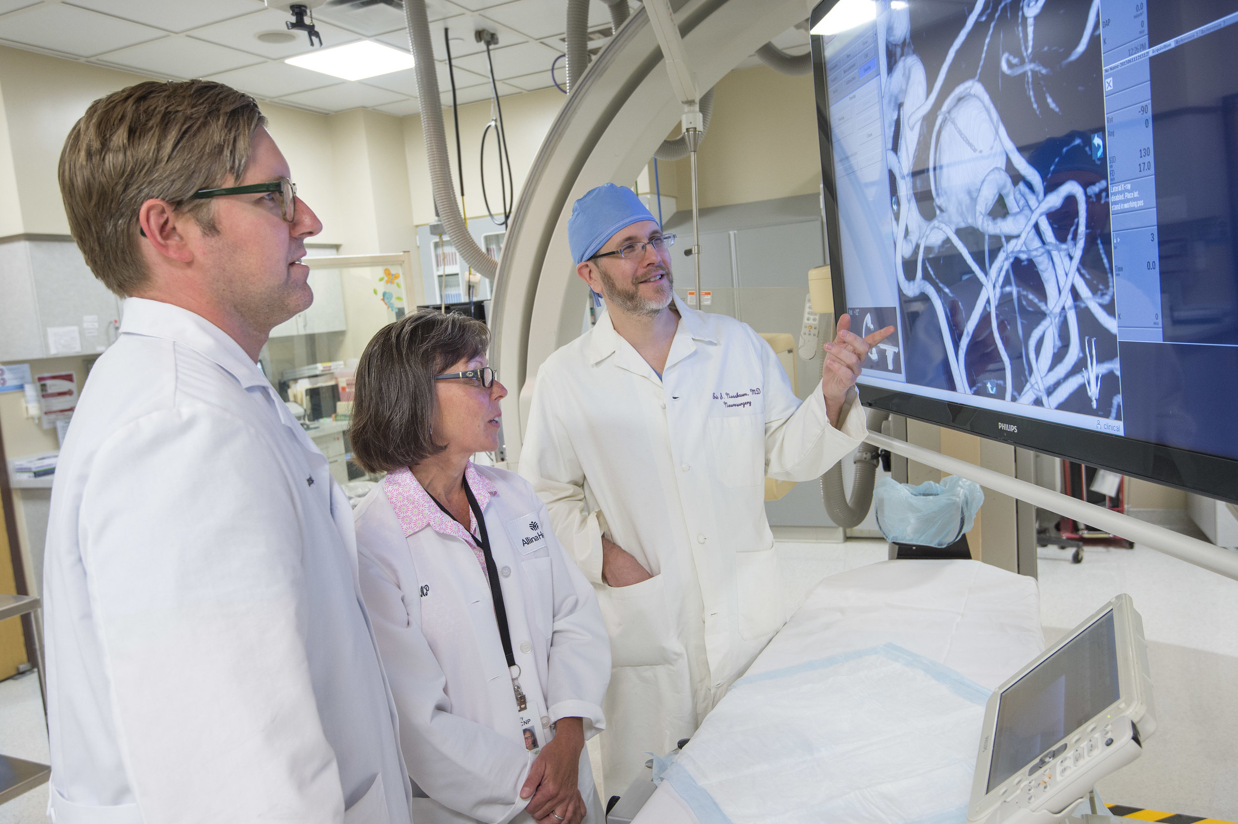 Eric Nussbaum, MD, neurosurgeon specializing in brain aneurysms has a multidisciplinary, team approach
