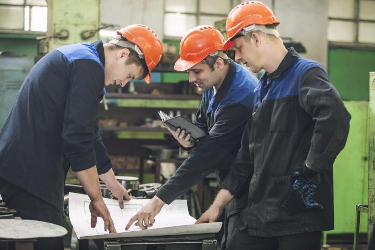 Manufacturing Uniforms & Rental