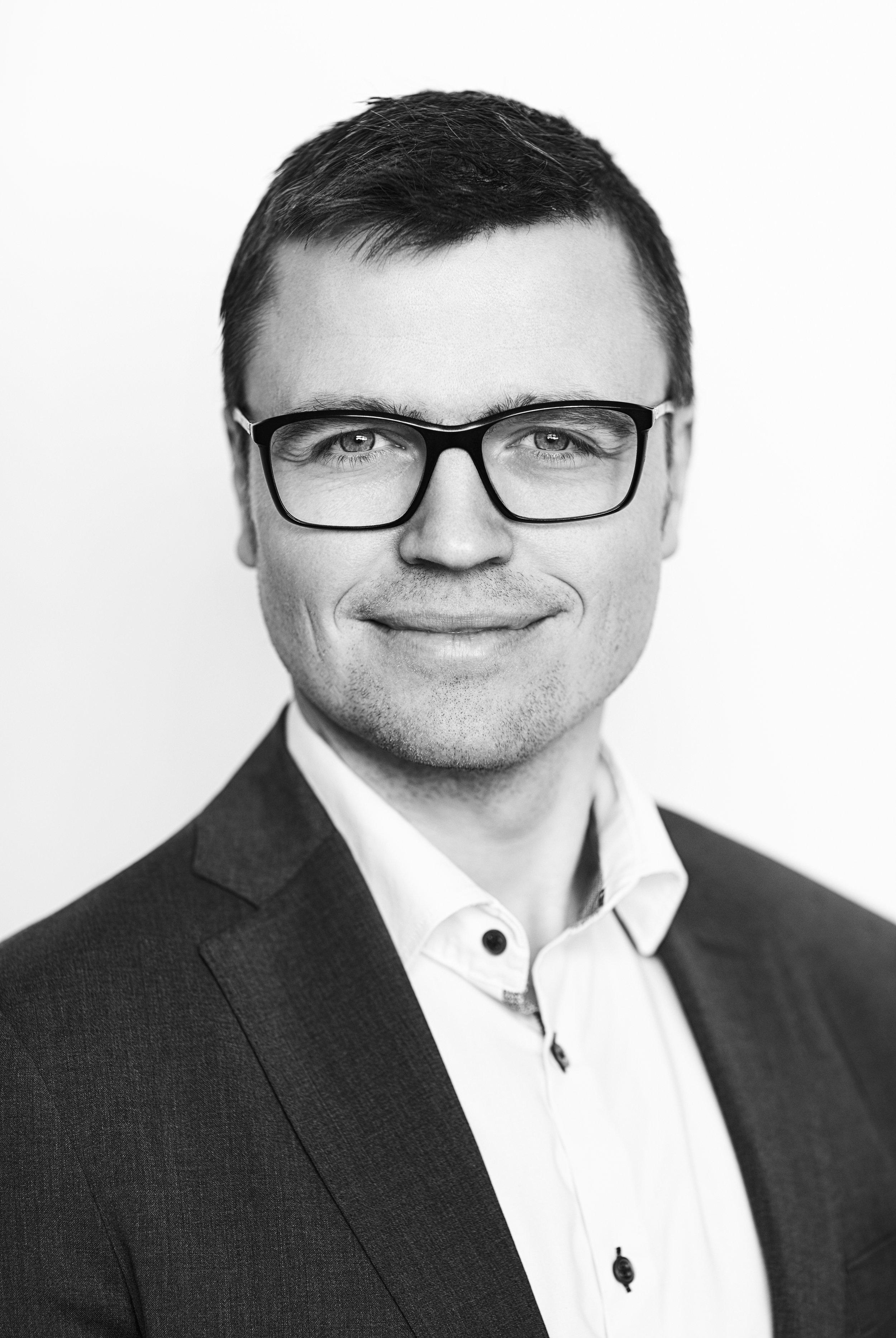 Bjarke F. LarsenPArtner, Advokat, MBA - Selskabs- & Erhvervsret Virksomhedsoverdragelser Sundhedssektoren Energi & Forsyning