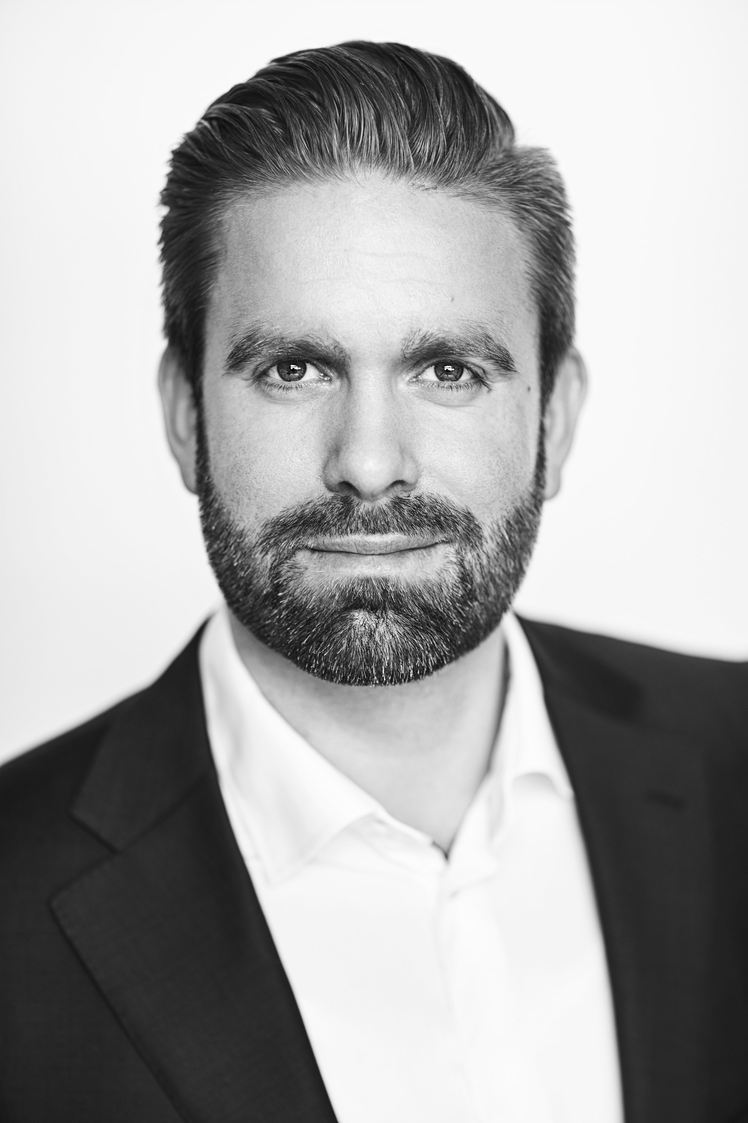 Mikkel T. ThomsenPartner, Advokat (H) - Proces & VoldgiftGenerel ErhvervsretAnsættelsesretInsolvensret