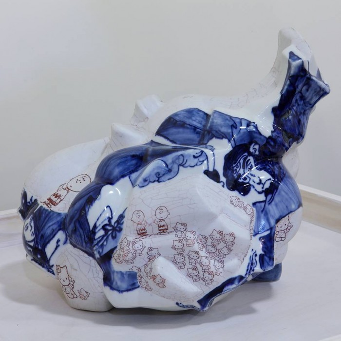 Trilogy (三部曲) / 2008 / Porcelain / 13″h x 15.75″w x 9″d