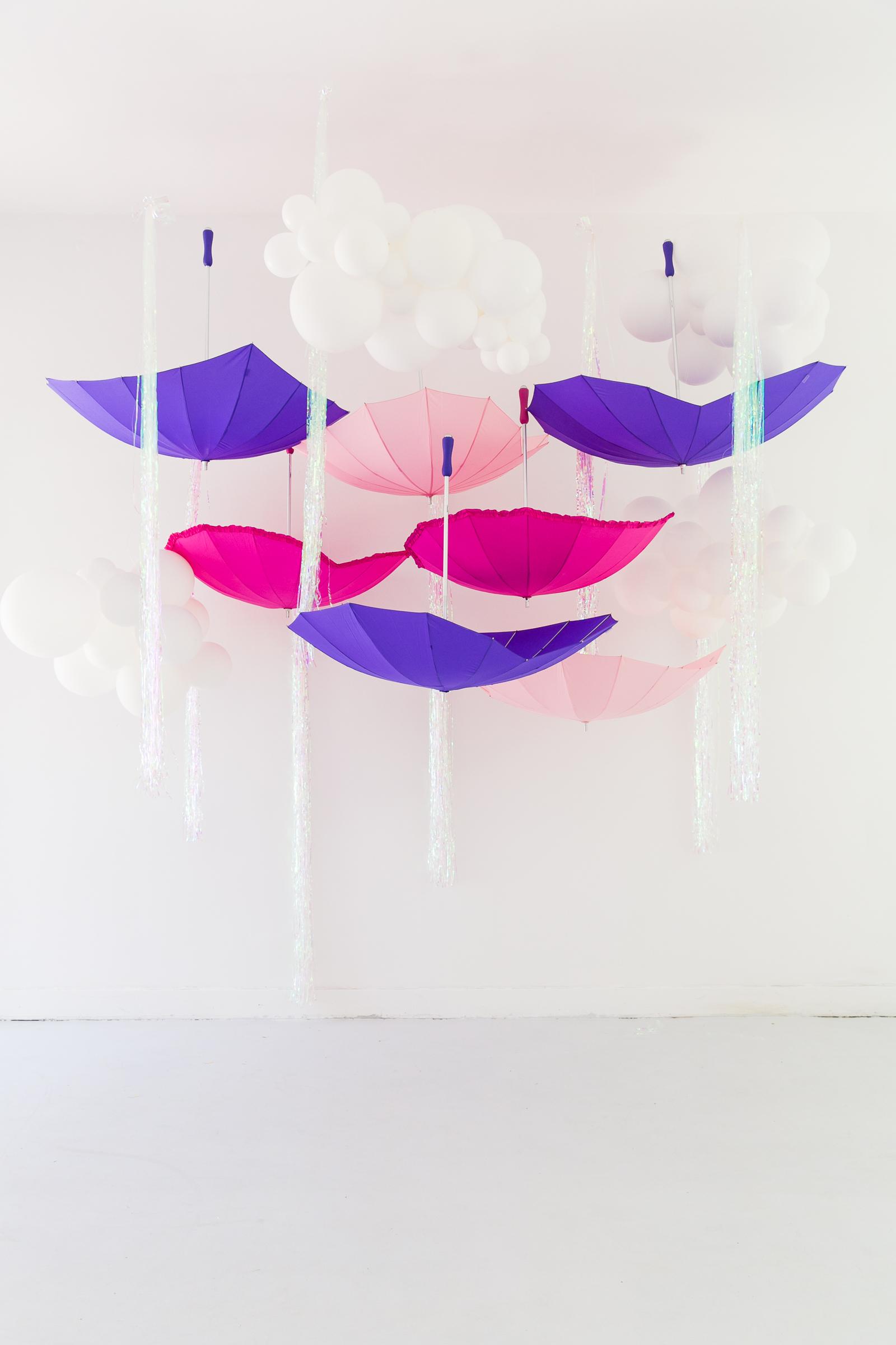 Oui Party - Peppa Pig Party- Umbrella 1.jpg