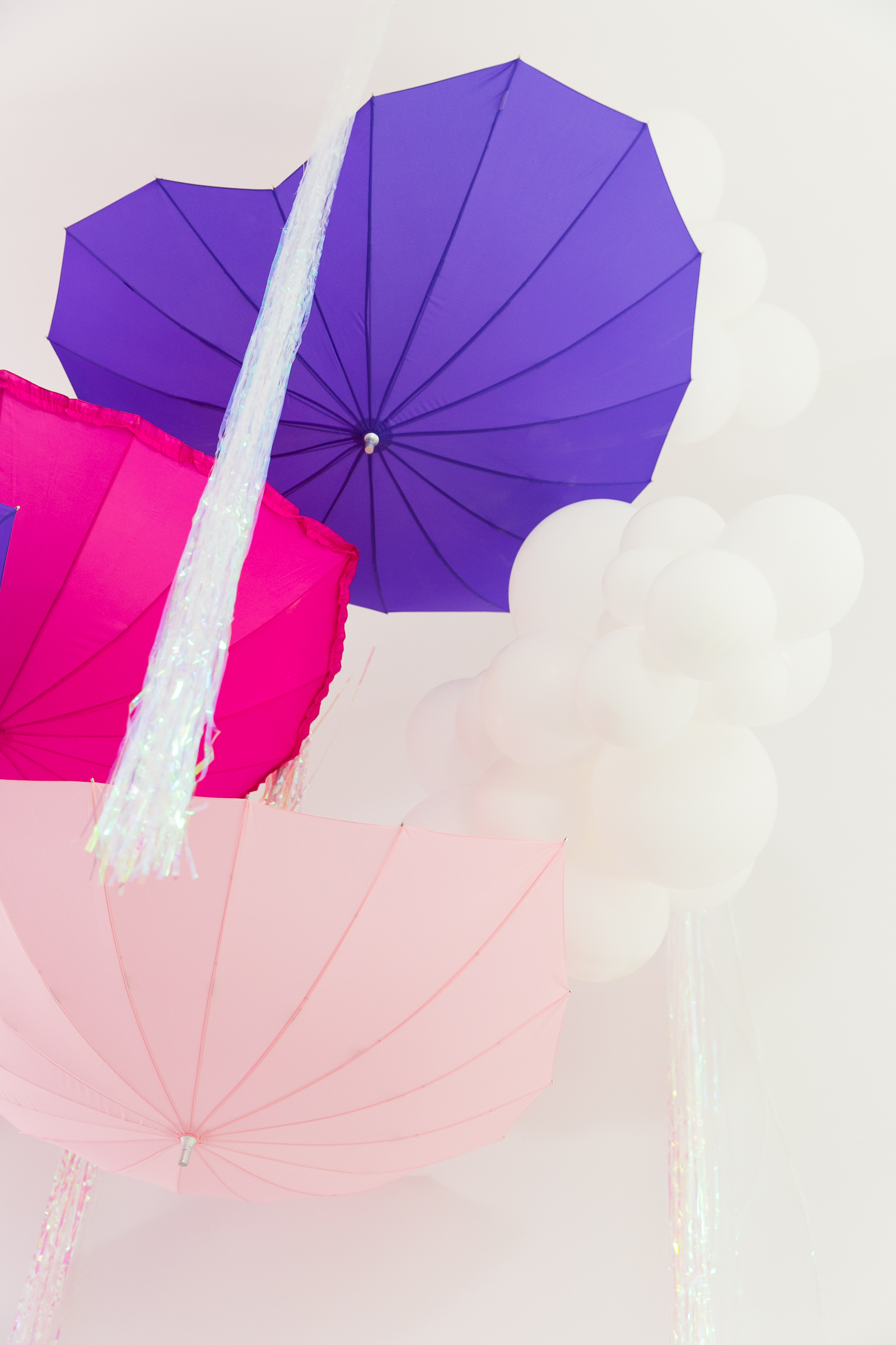 Oui Party - Peppa Pig Party - Umbrella Installation 3.jpg