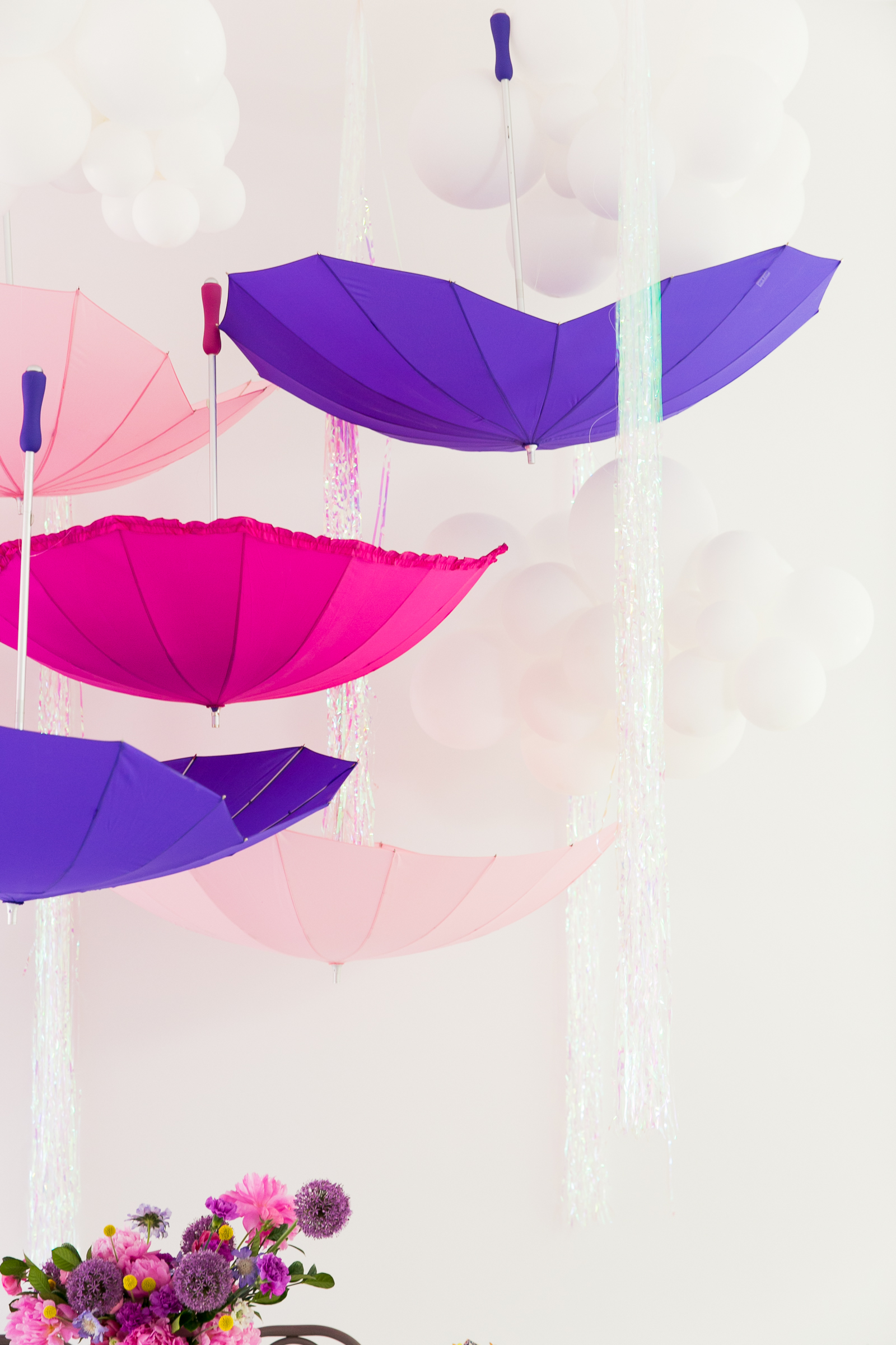 Oui Party - Peppa Pig Party - Umbrella Installation 1.jpg