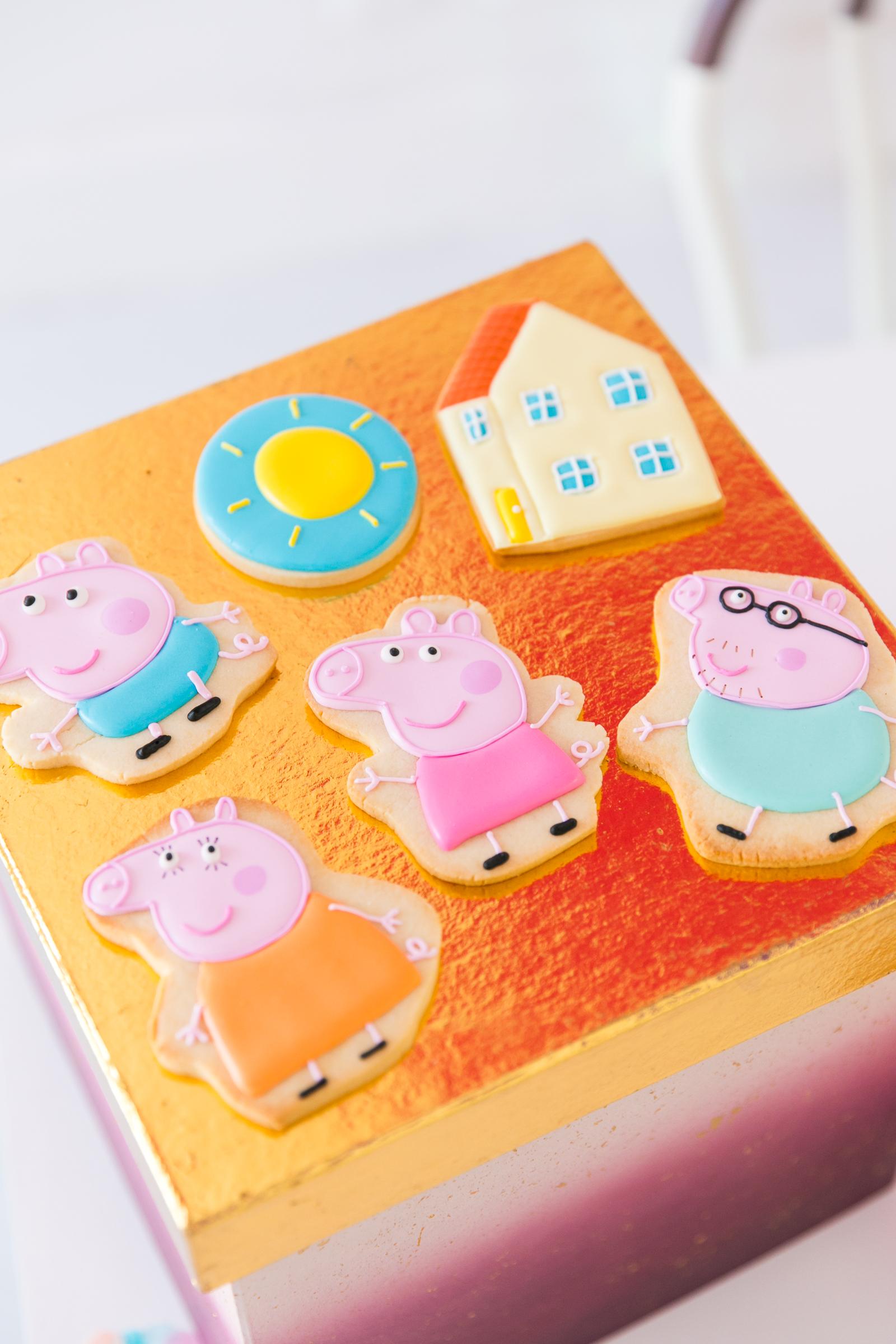 Oui Party - Peppa Pig Party - Peppa Pig Cookies.jpg