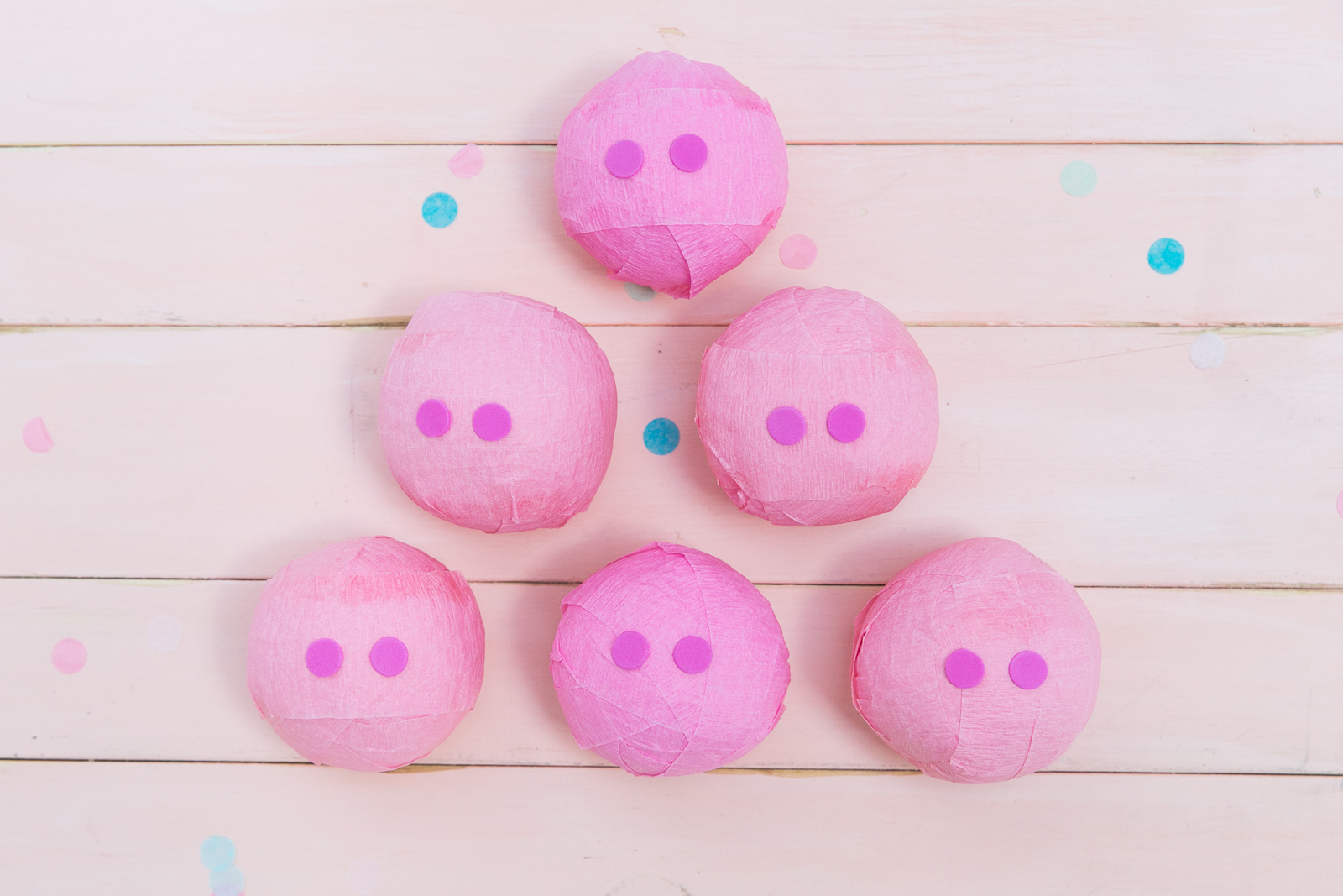 Oui Party - Peppa Pig Party - Pig Surprise Balls.jpg