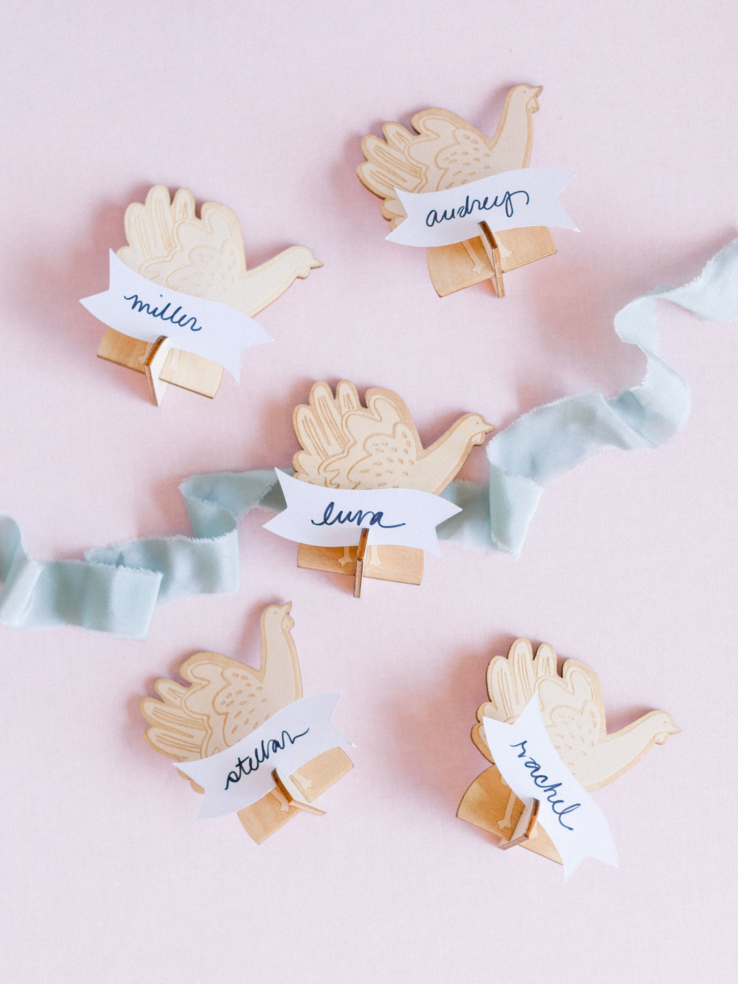 Oui Party Thanksgiving Place Cards.jpg
