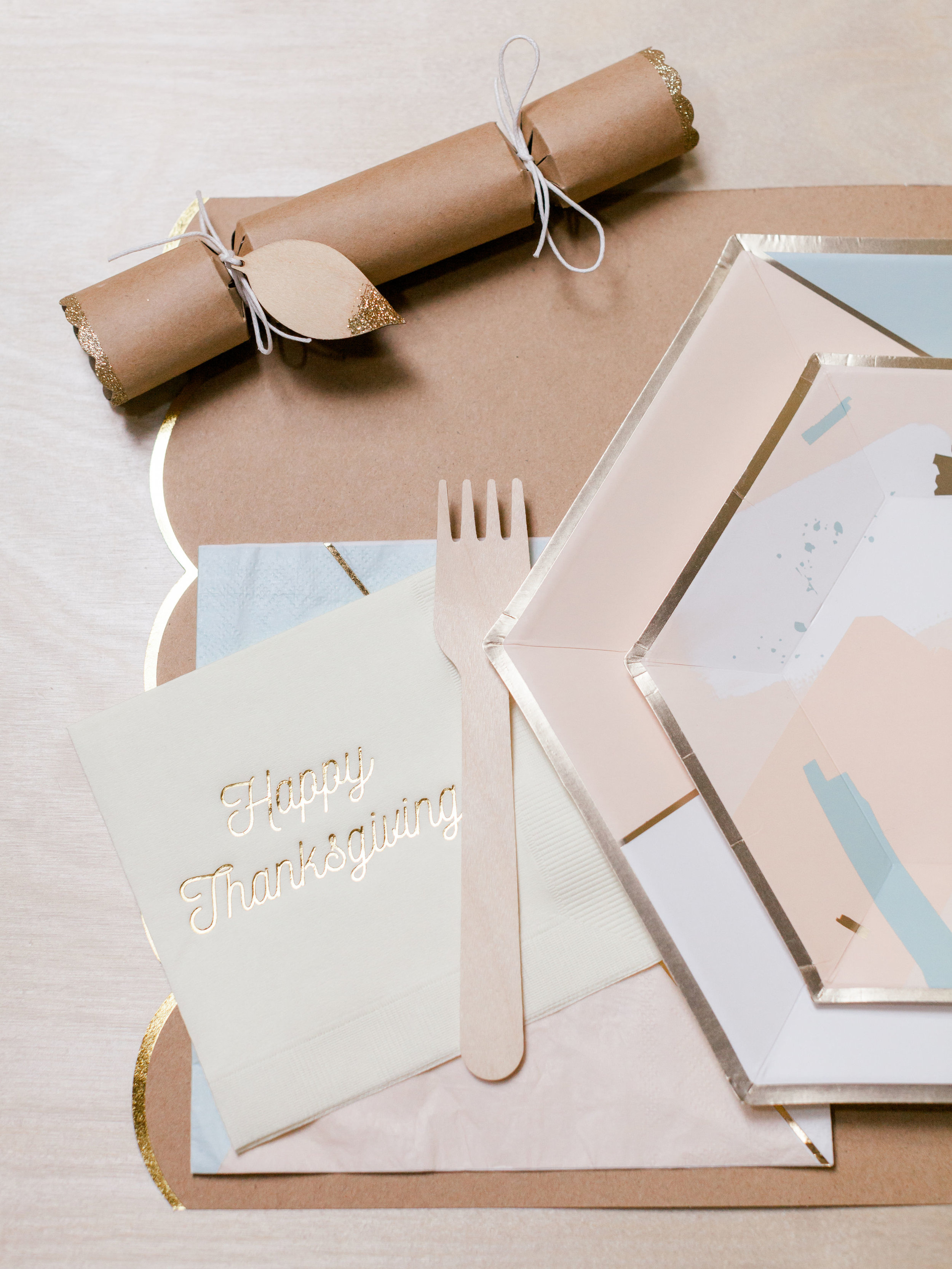 Oui Party Thanksgiving Place Setting.jpg