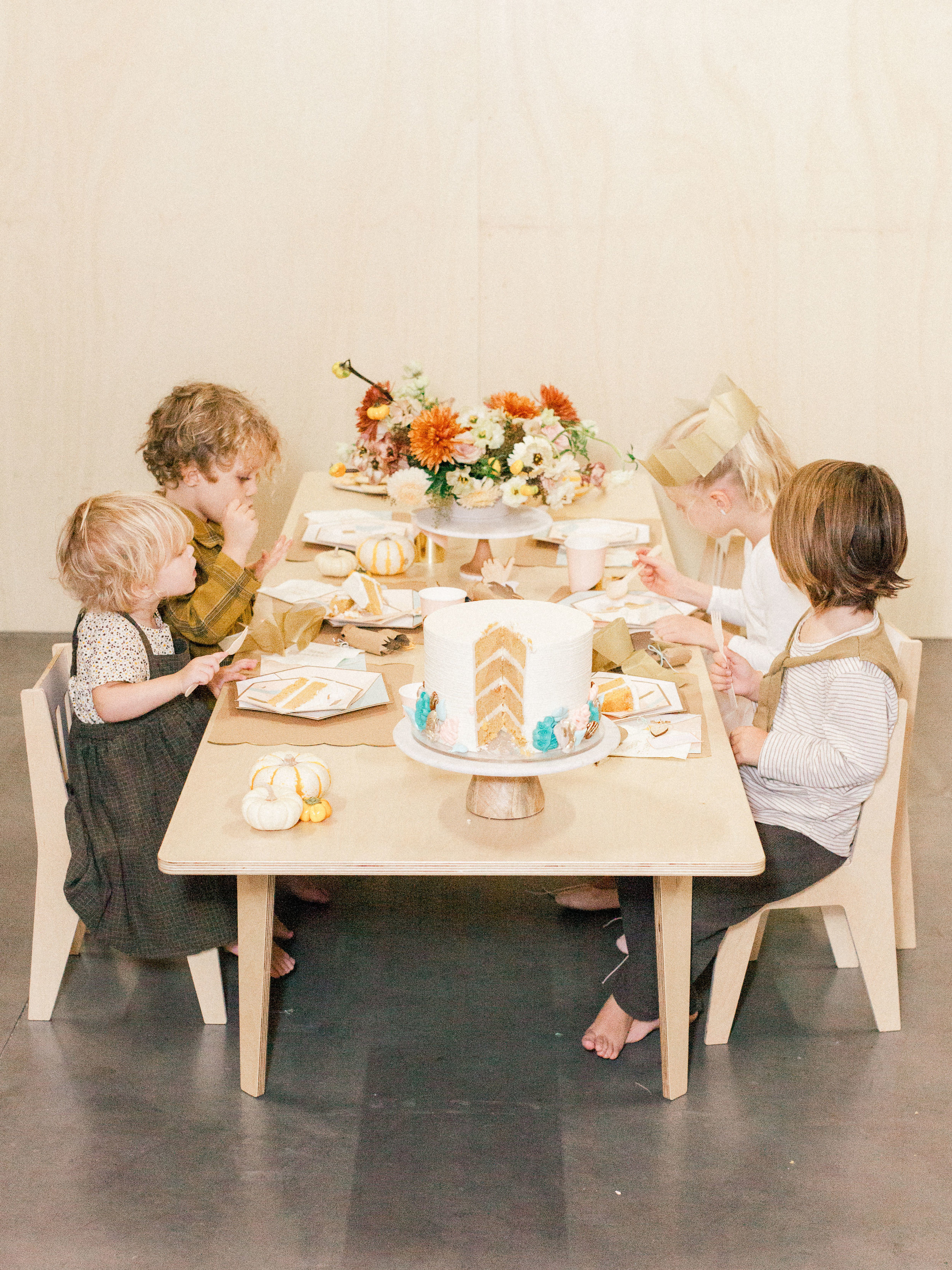 Oui Party Thanksgiving - Kids' Table.jpg